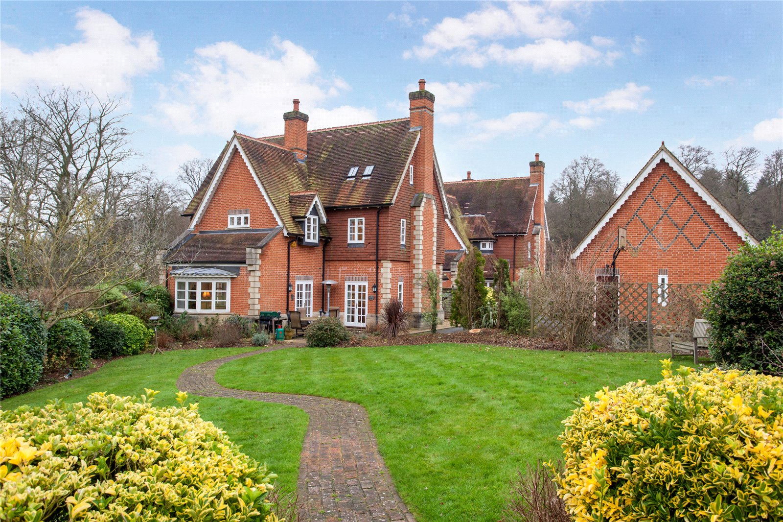 5 Bedrooms Detached House for sale in Lime Avenue, Kingwood, Henley-on-Thames, Oxfordshire, RG9
