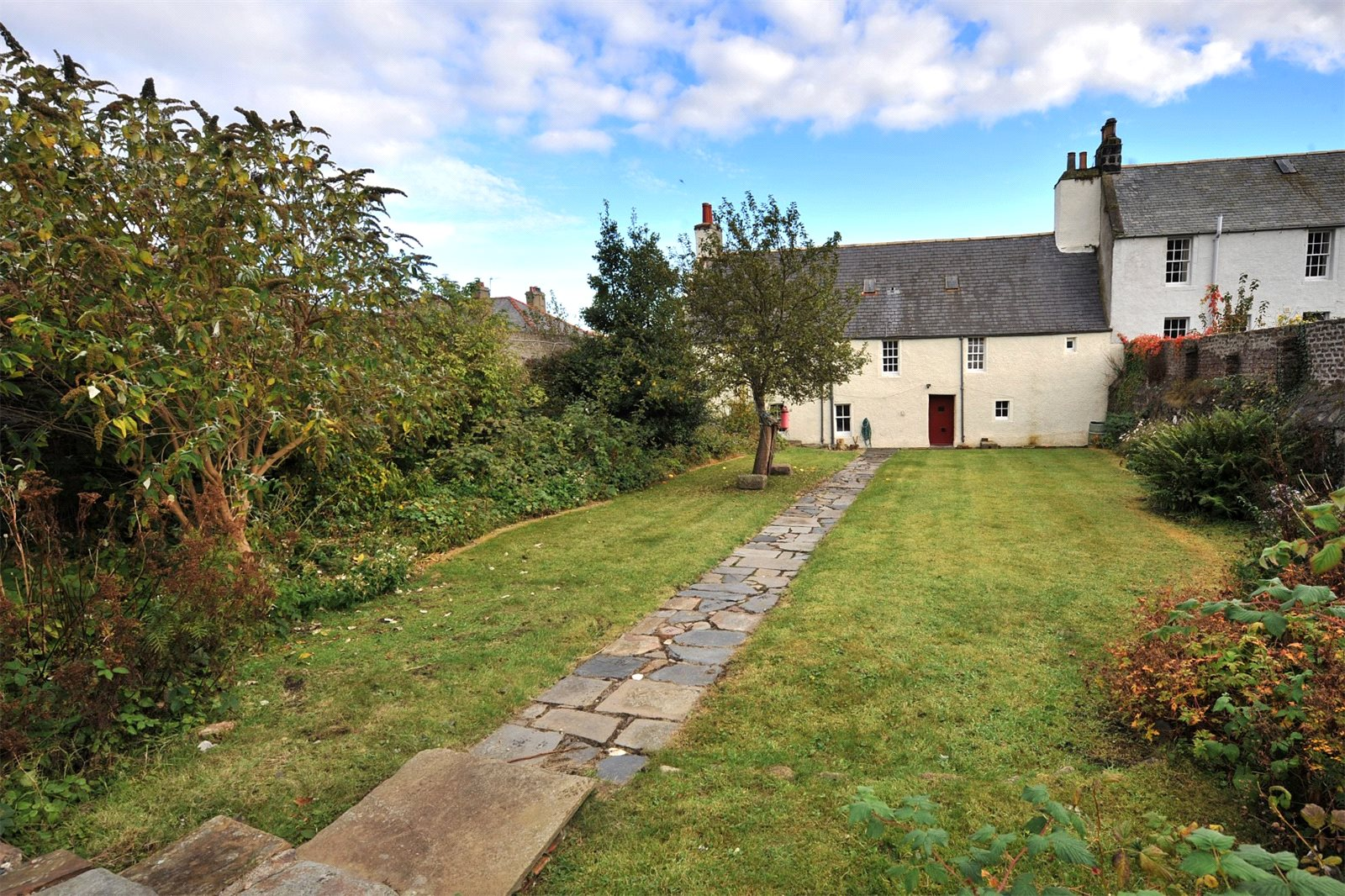 2 Bedrooms House for sale in Ingle Neuk House, 2 Water Path, Banff, Aberdeenshire, AB45