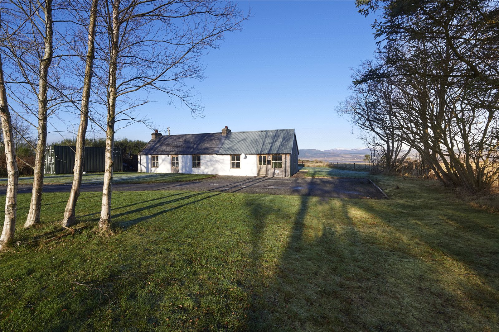 2 Bedrooms Detached Bungalow for sale in Fraoch Cottage, Balblair, Dingwall, IV7