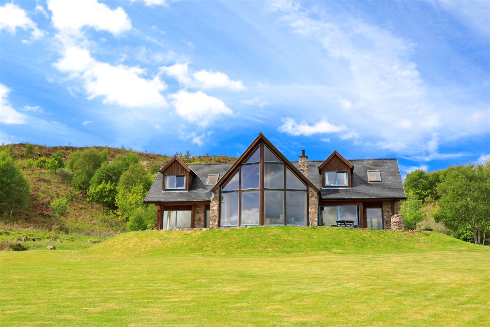 3 Bedrooms Detached House for sale in Aspen Lodge, Glenborrodale, Acharacle, PH36