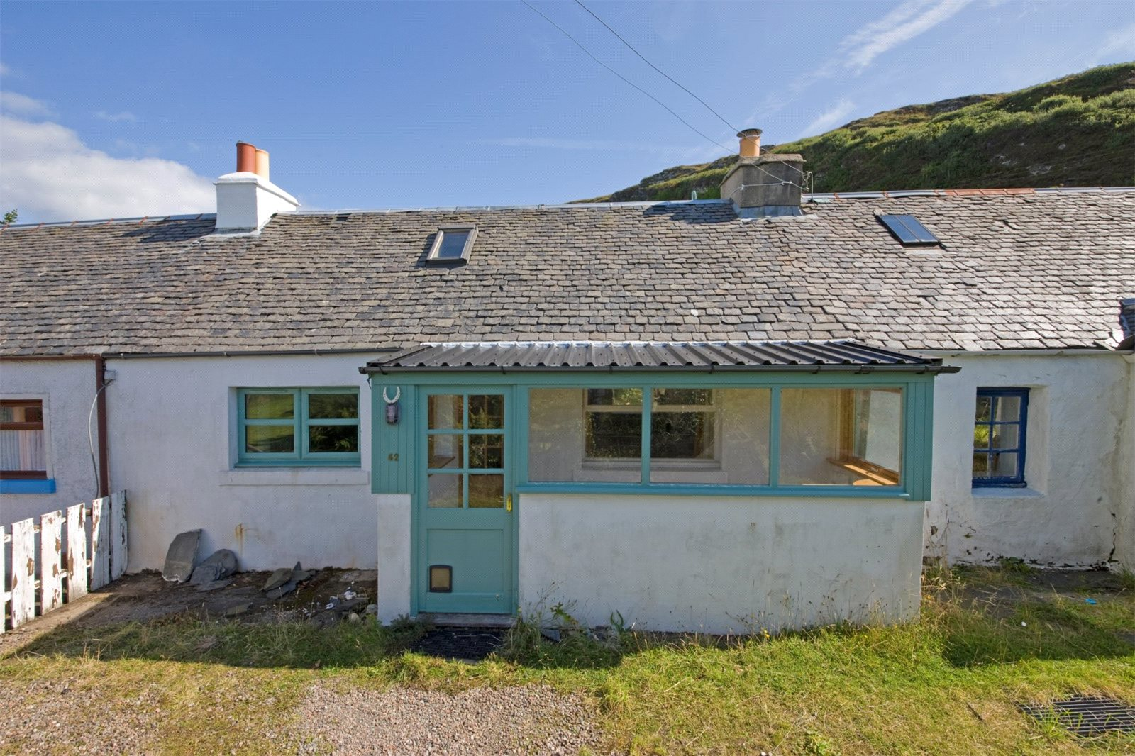 1 Bedroom Terraced Bungalow for sale in 42 Cullipool Village, Cullipool, Oban, Argyll and Bute, PA34