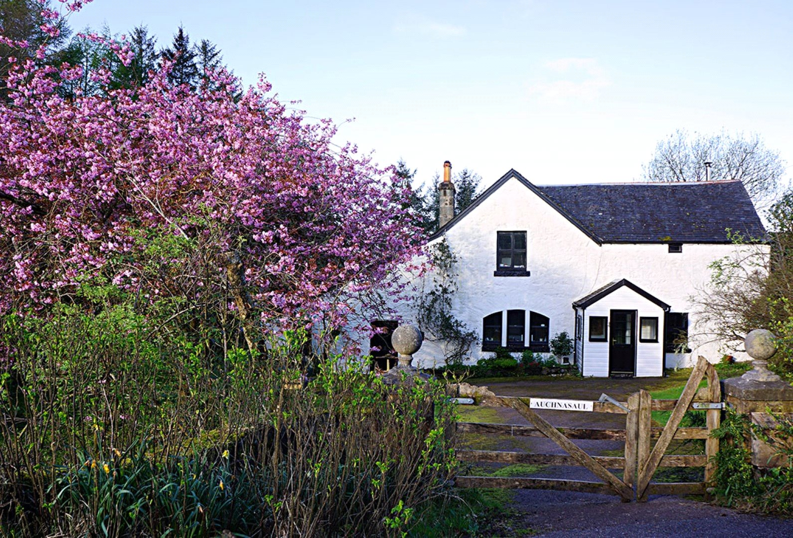 3 Bedrooms Detached House for sale in The Smithy & Stables Cottage, Auchnasual, Oban, PA34