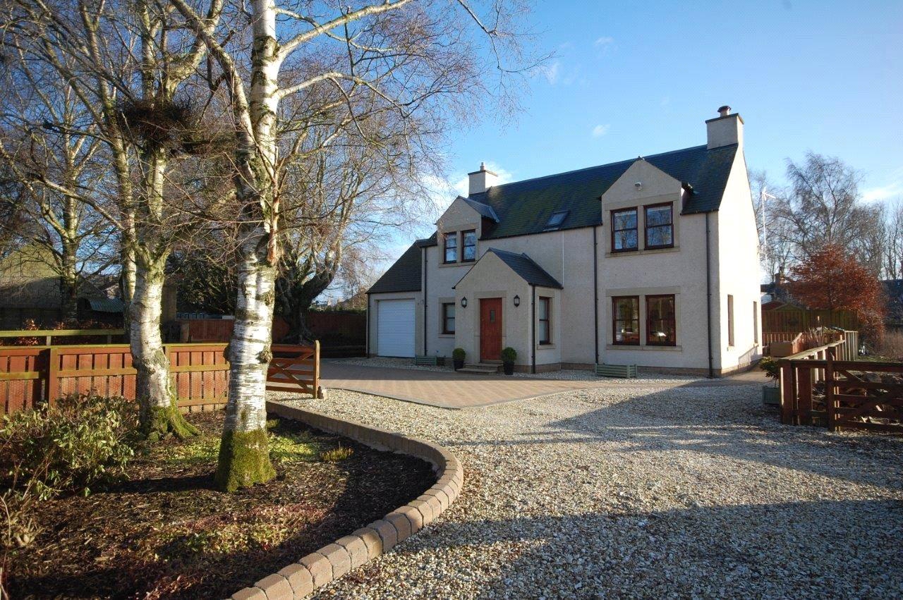 3 Bedrooms Detached House for sale in Baytree Cottage, Westruther, Gordon, Scottish Borders, TD3