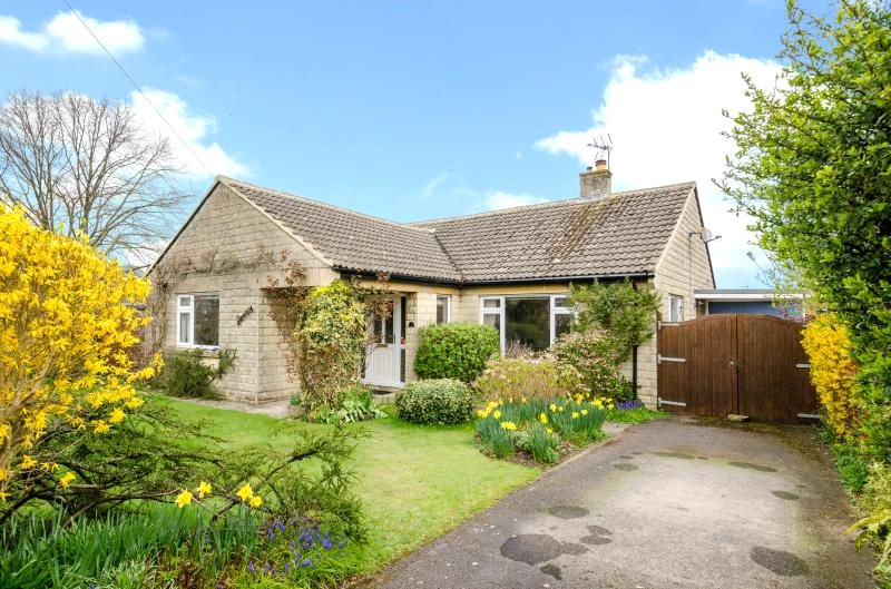 3 Bedrooms Bungalow for sale in Chapel Rise, Atworth, Melksham, SN12