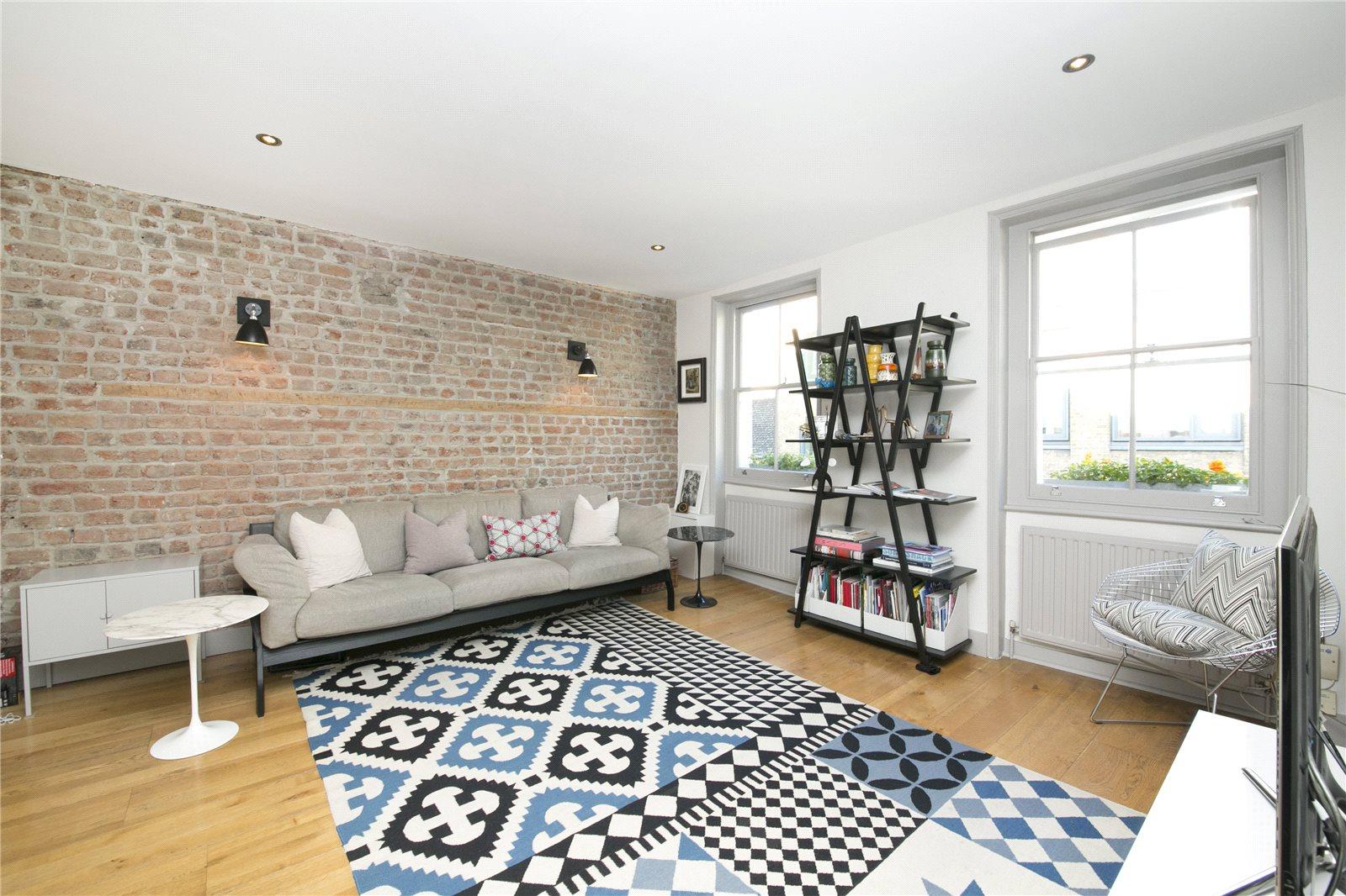 2 Bedrooms Flat for sale in Bowling Green Lane, Clerkenwell, EC1R