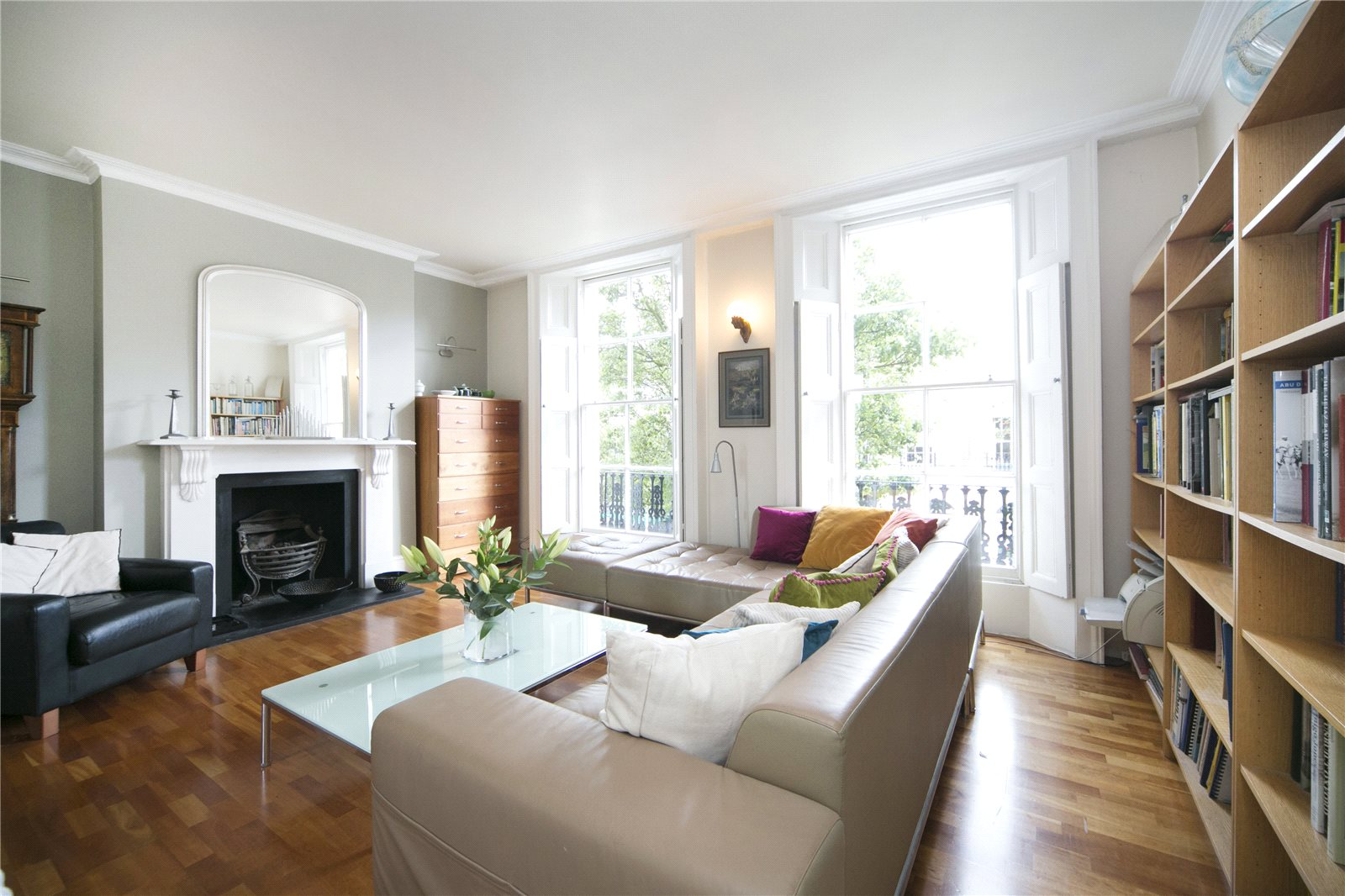 5 Bedrooms Terraced House for sale in Gerrard Road, Islington, N1