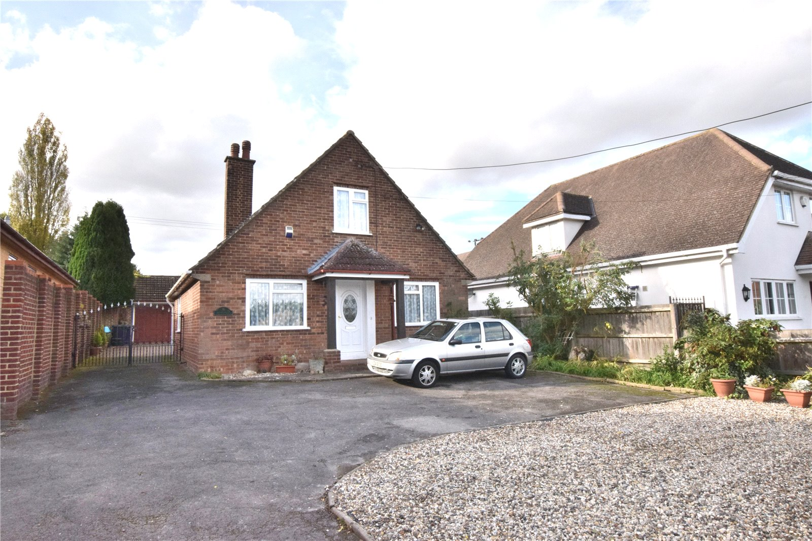4 Bedrooms Detached Bungalow for sale in Takeley