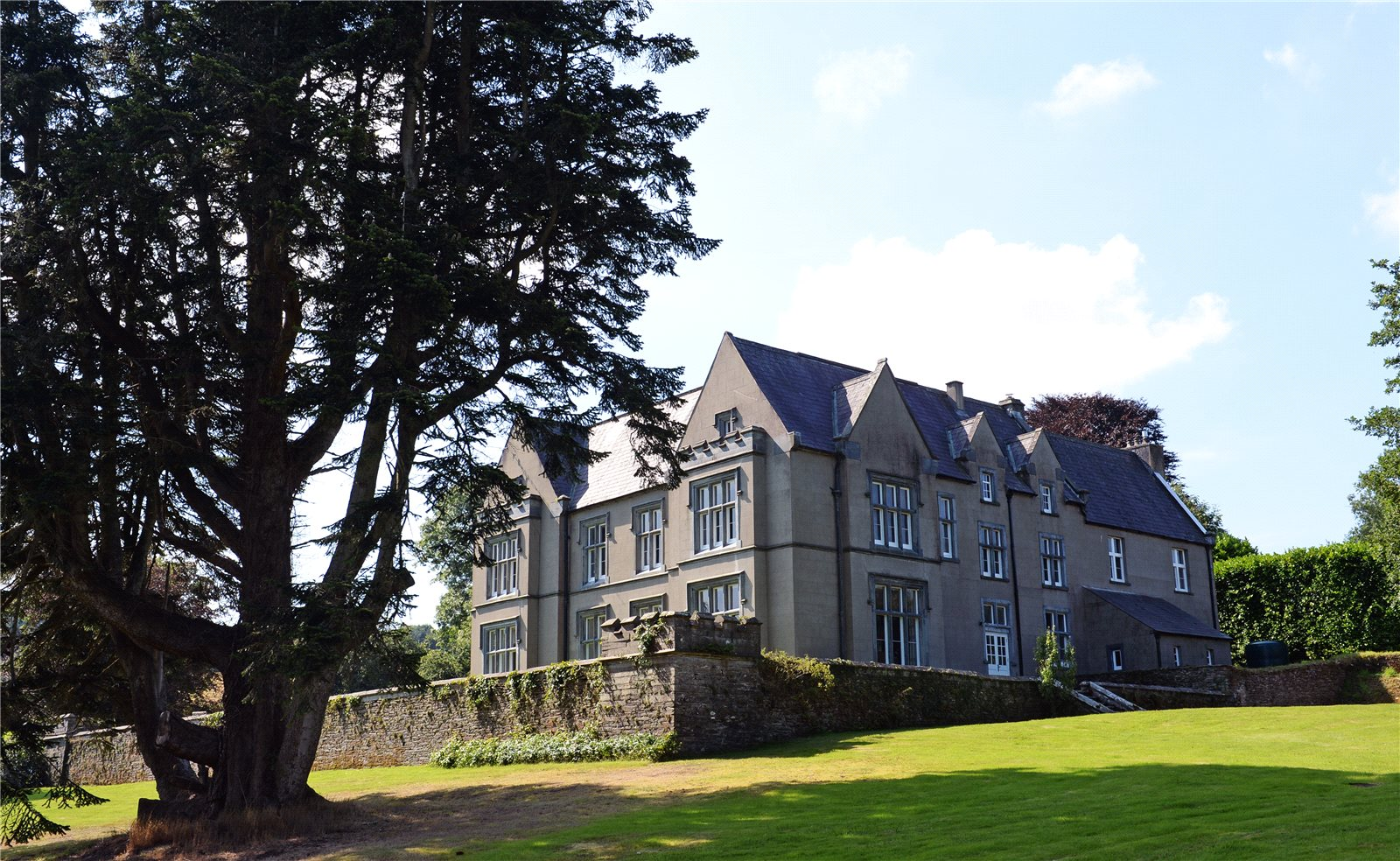 8 Bedrooms Detached House for sale in Clynfyw Mansion, Abercych, Boncath, Pembrokeshire