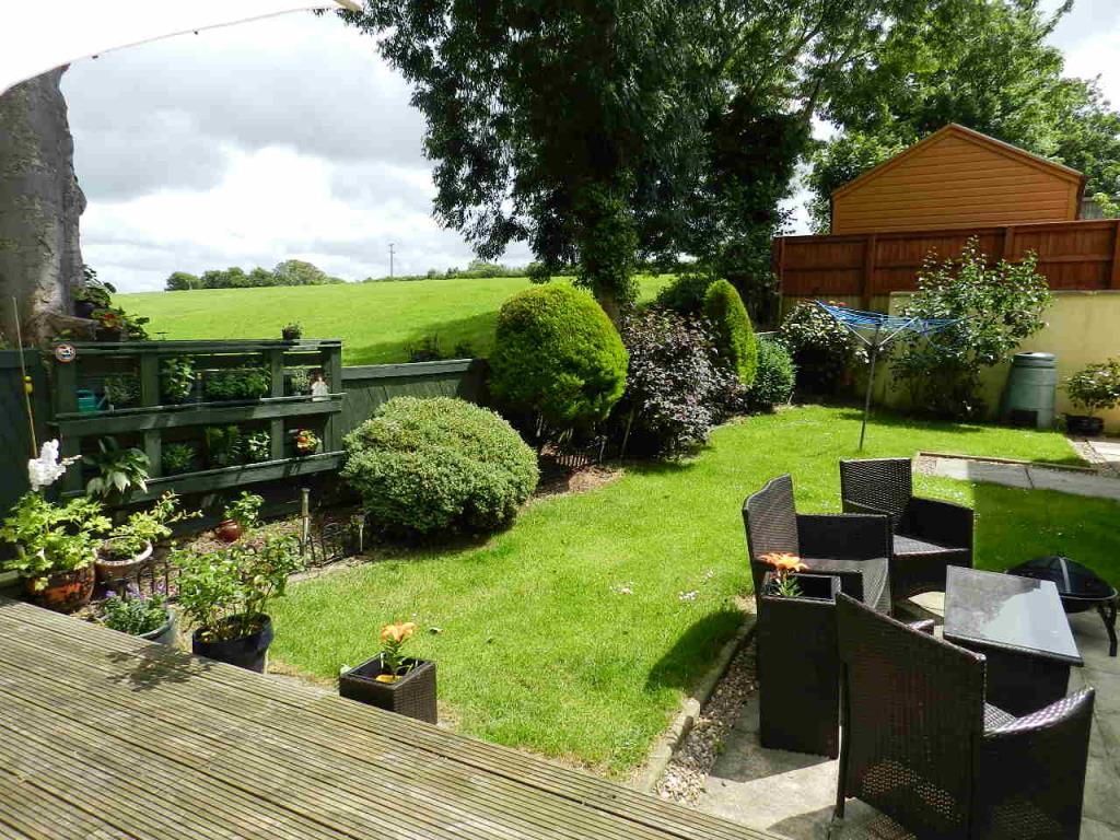 5 Bedrooms Detached House for sale in Tudor Gardens:, Merlins Bridge, Haverfordwest