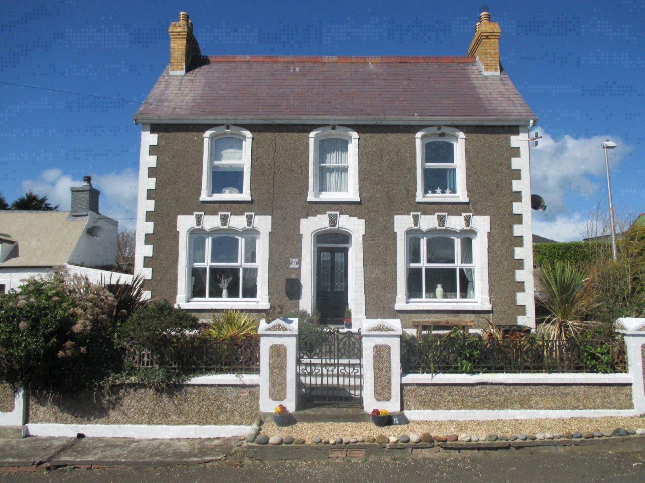 3 Bedrooms Detached House for sale in Ffordd Y Felin, Trefin, Trefin