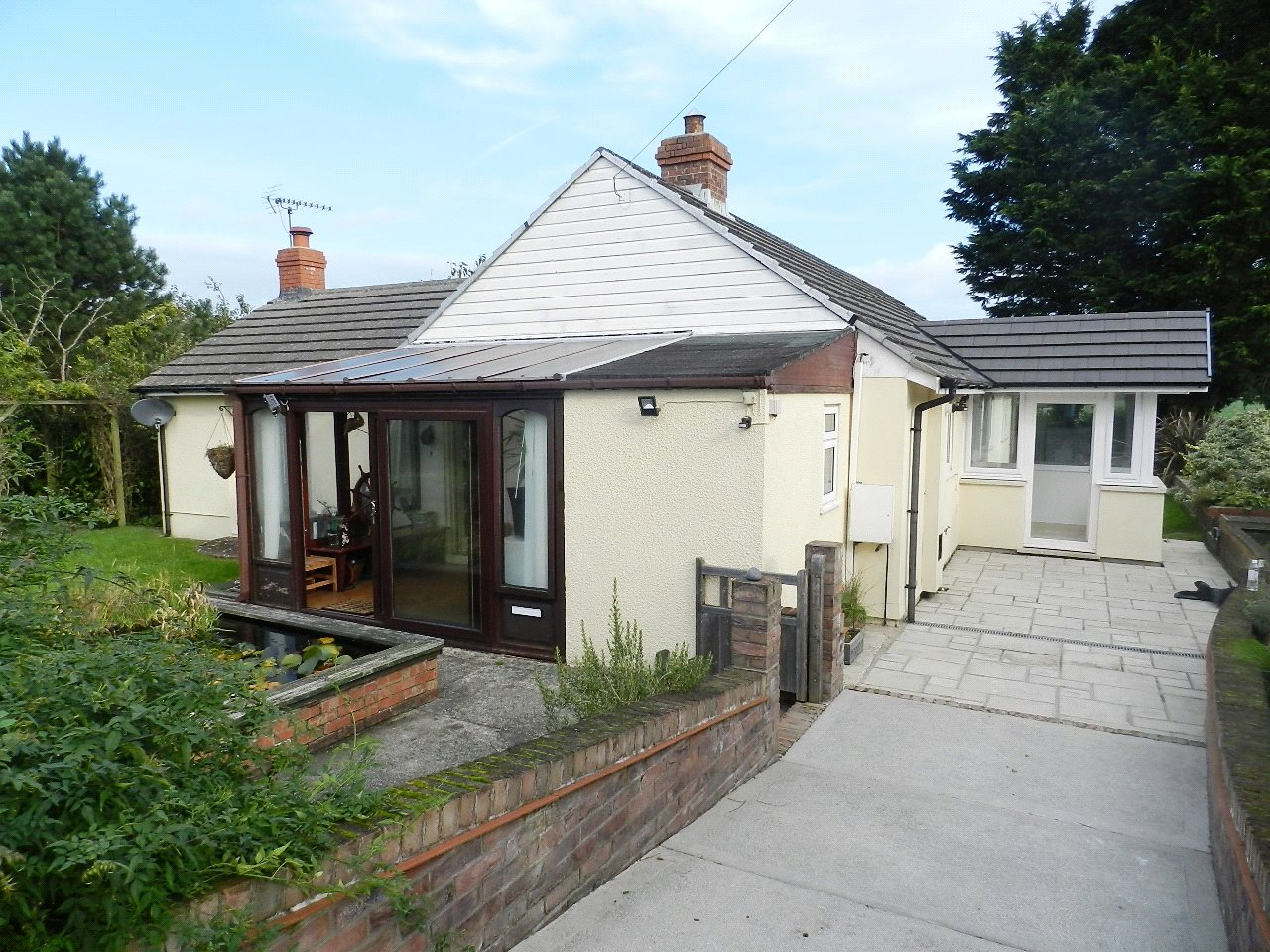4 Bedrooms Detached Bungalow for sale in Milton Gardens Bungalow, Milton Gardens, Oxland Lane, Burton, Milford Haven