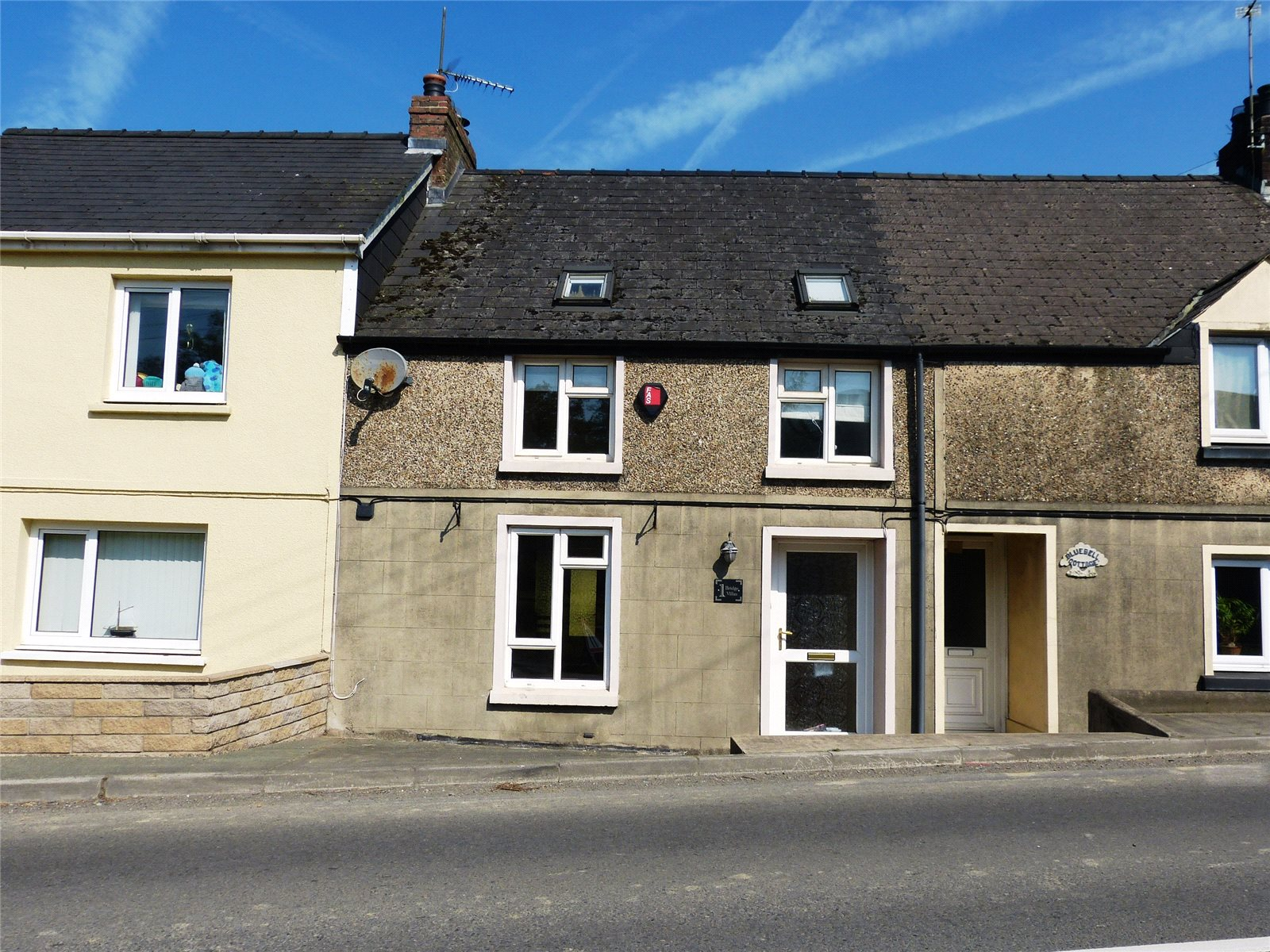 3 Bedrooms Terraced House for sale in Bridge Villas, Narberth, Pembrokeshire