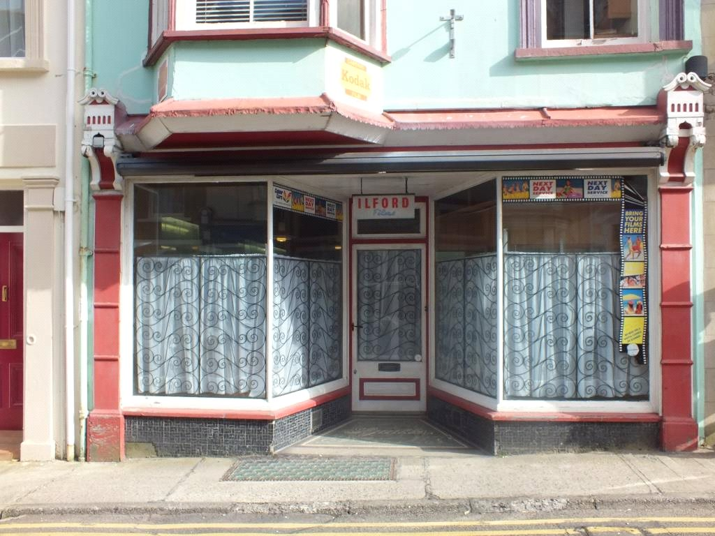 8 Bedrooms Hotel Commercial for sale in Squibbs Studio, Warren Street, Tenby, Pembrokeshire