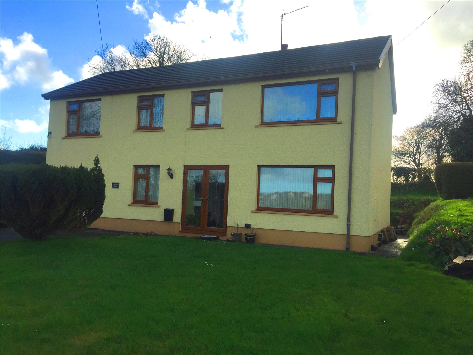 5 Bedrooms Detached House for sale in Ashleigh House, Begelly, Kilgetty, Pembrokeshire