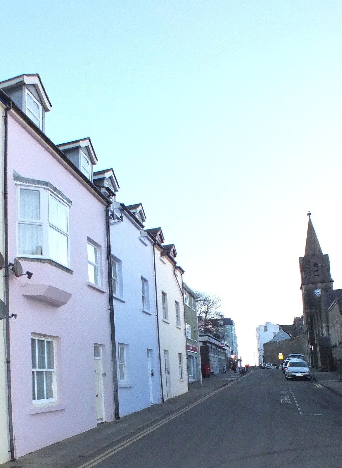 3 Bedrooms Maisonette Flat for sale in Arcadia House, Warren Street, Tenby
