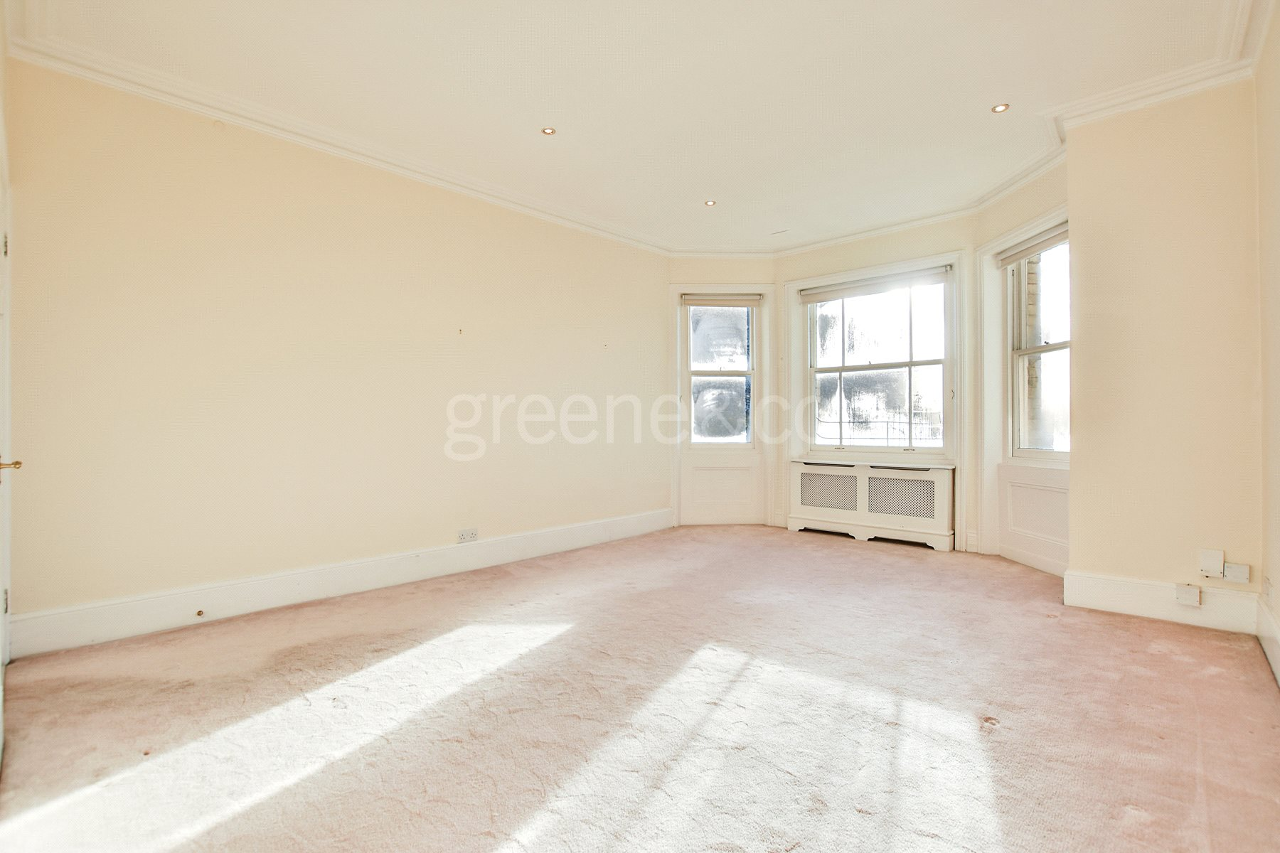 1 Bedroom Flat for sale in Fellows Road, Swiss Cottage, London, NW3