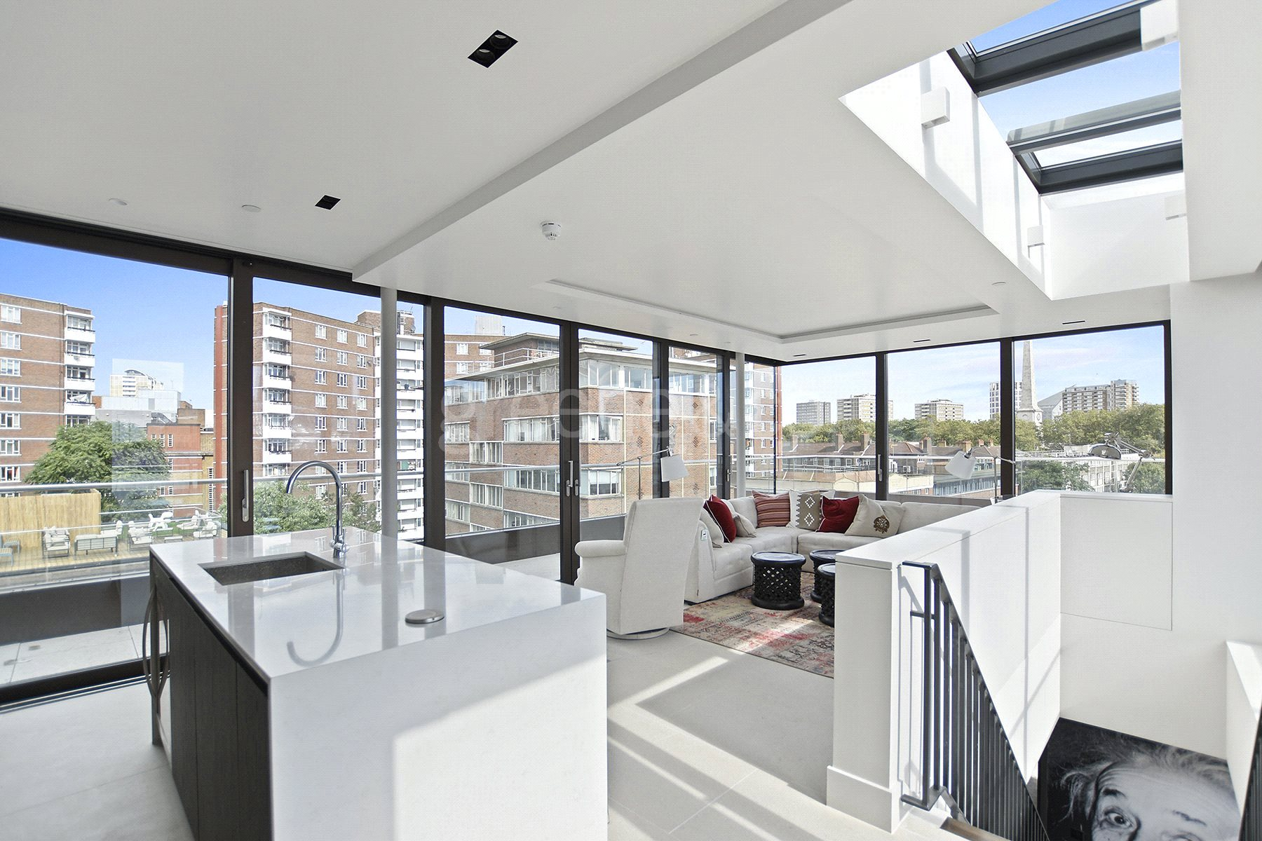 3 Bedrooms House for sale in Old Street, London, EC1V