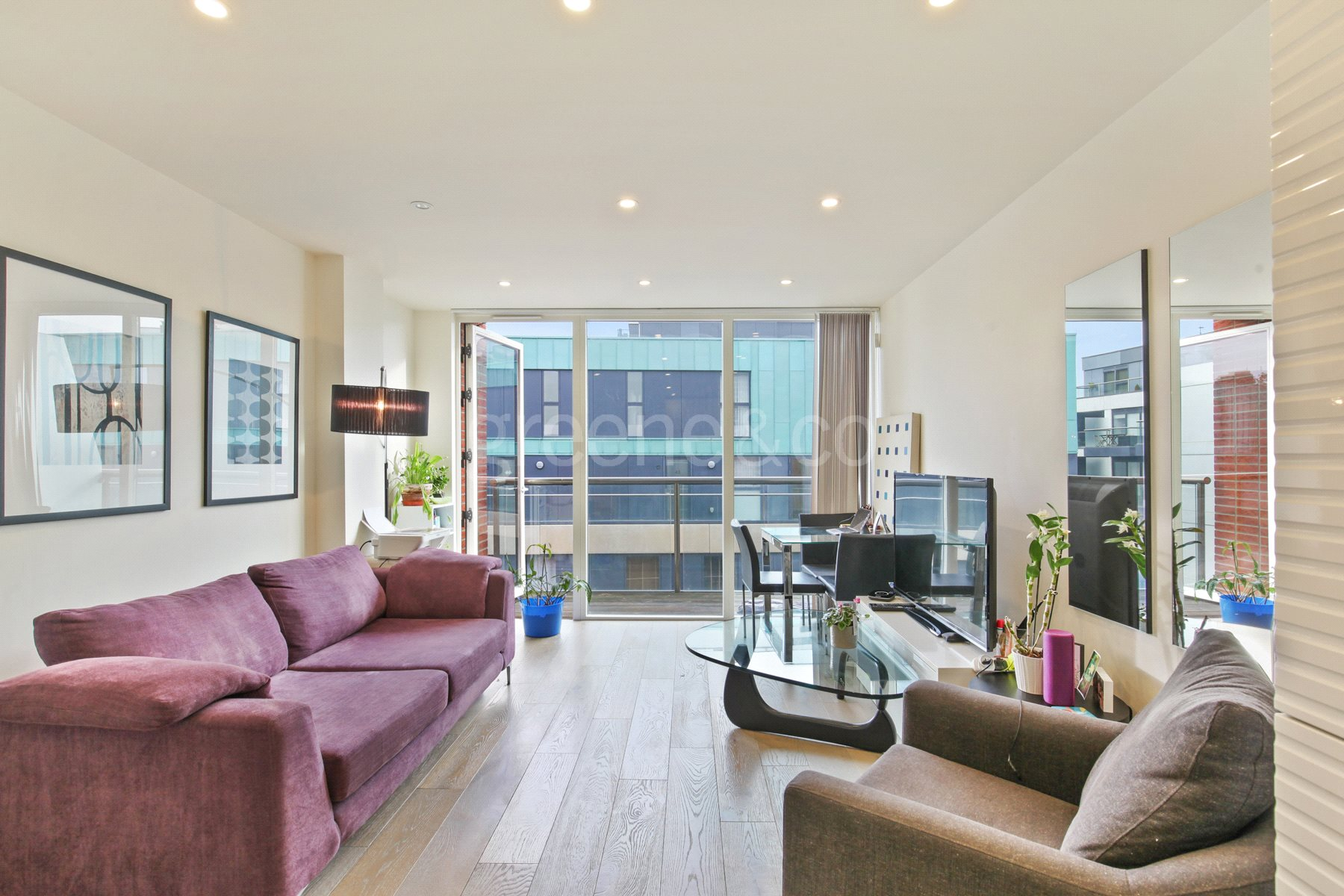 1 Bedroom Flat for sale in Worcester Point, Central Street, London, EC1V