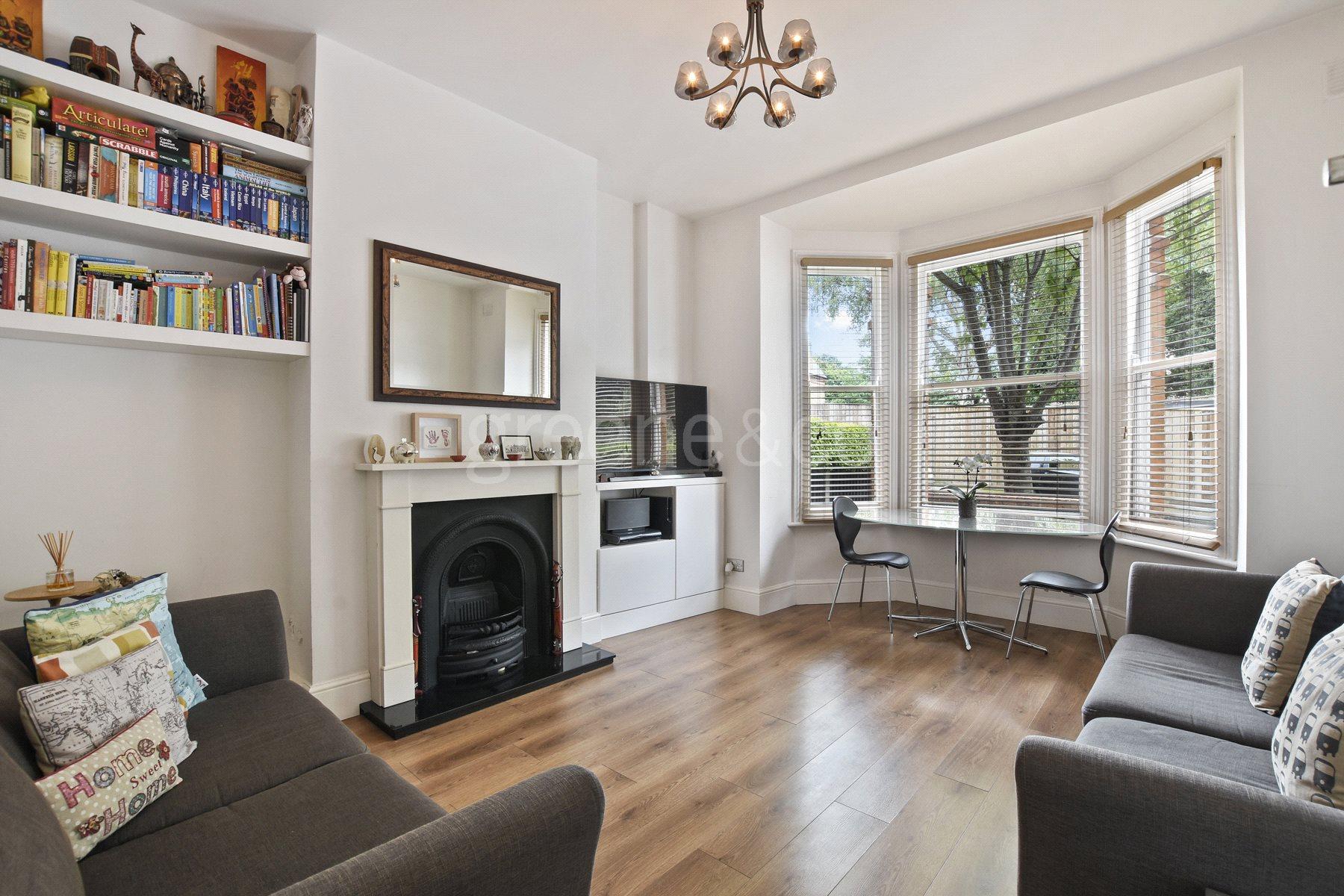 1 Bedroom Flat for sale in Ella Road, Crouch End, London, N8