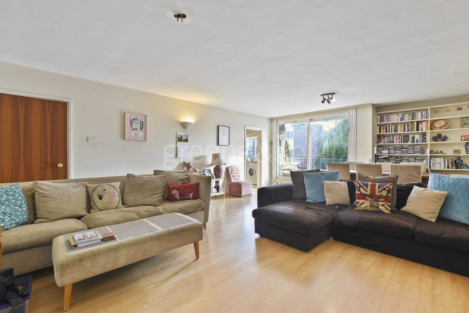 2 Bedrooms Flat for sale in Imperial Court, 36 Shepherds Hill, London, N6