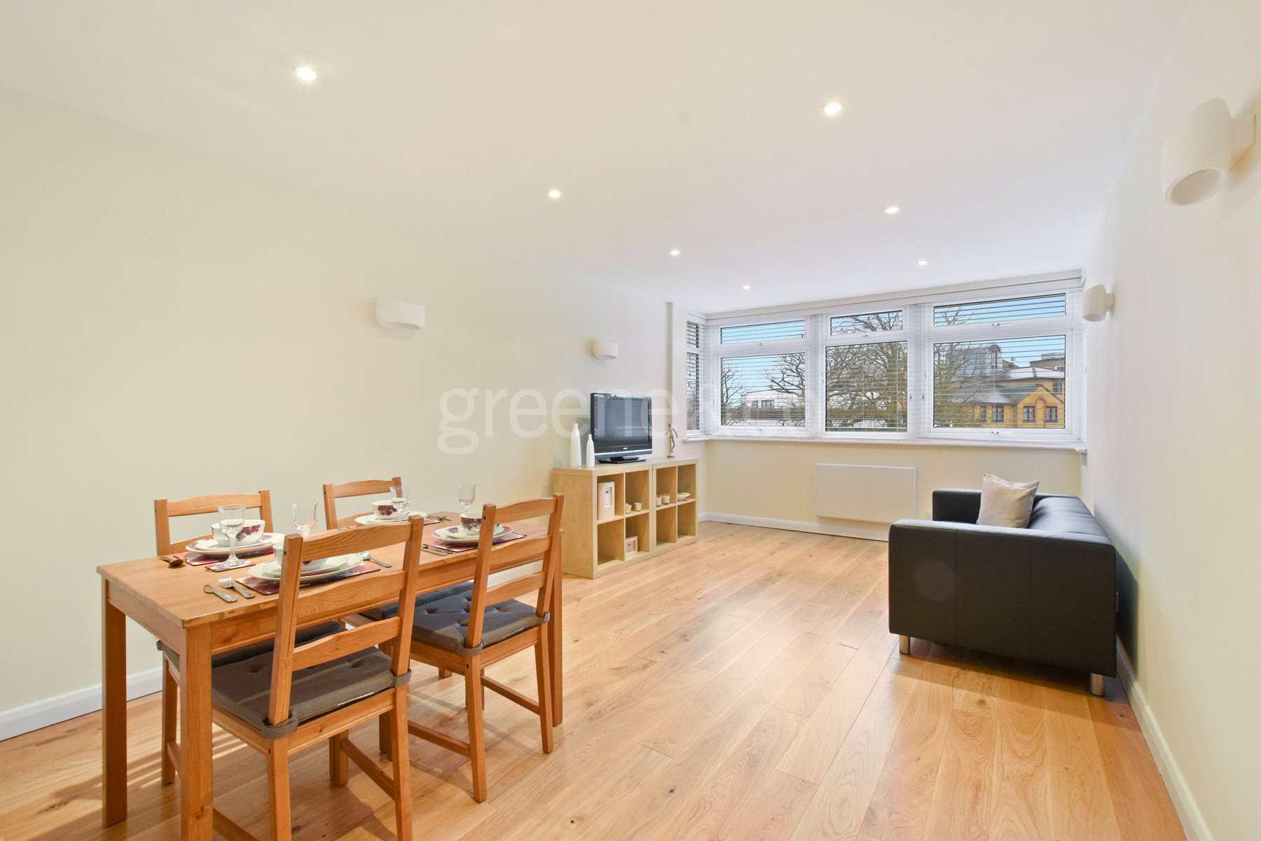 1 Bedroom Flat for sale in Hillside, 74 Crouch End Hill, London, N8