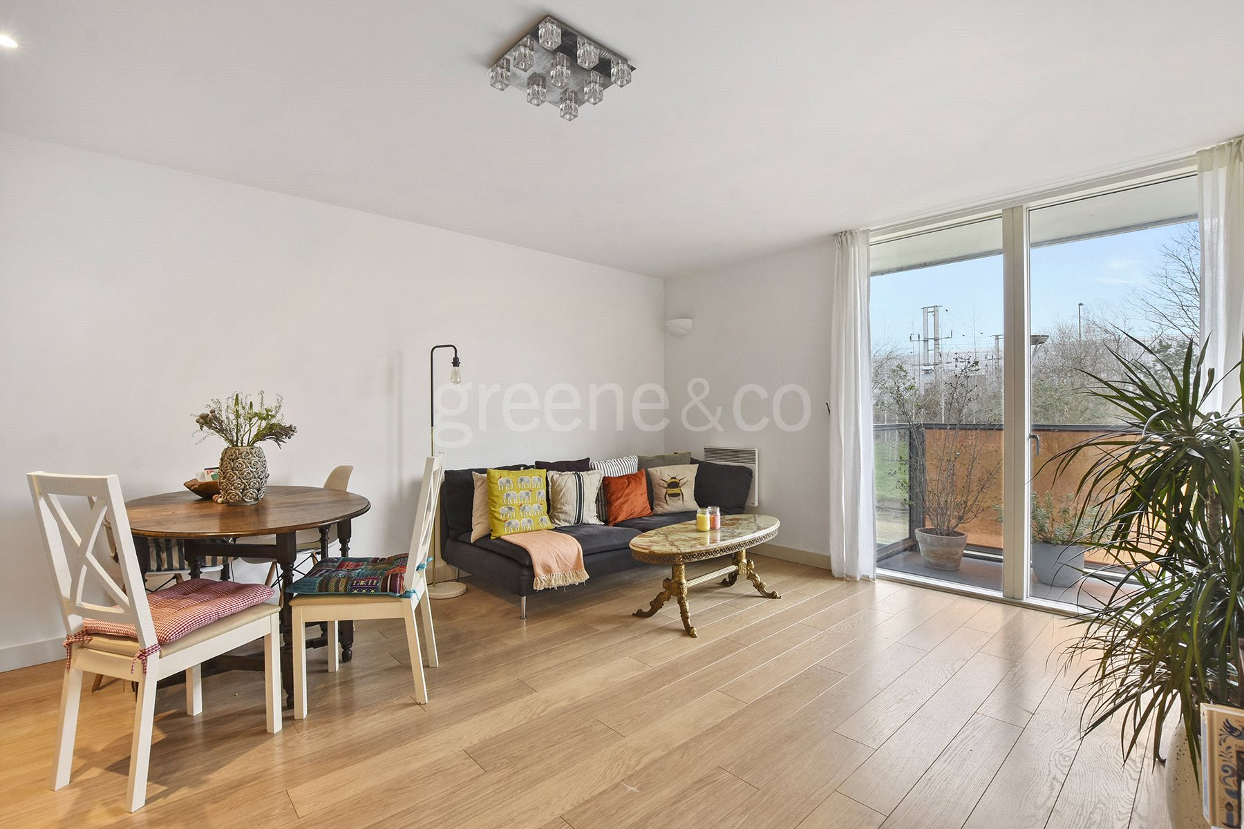 2 Bedrooms House for sale in Fyfe House, Chadwell Lane, London, N8
