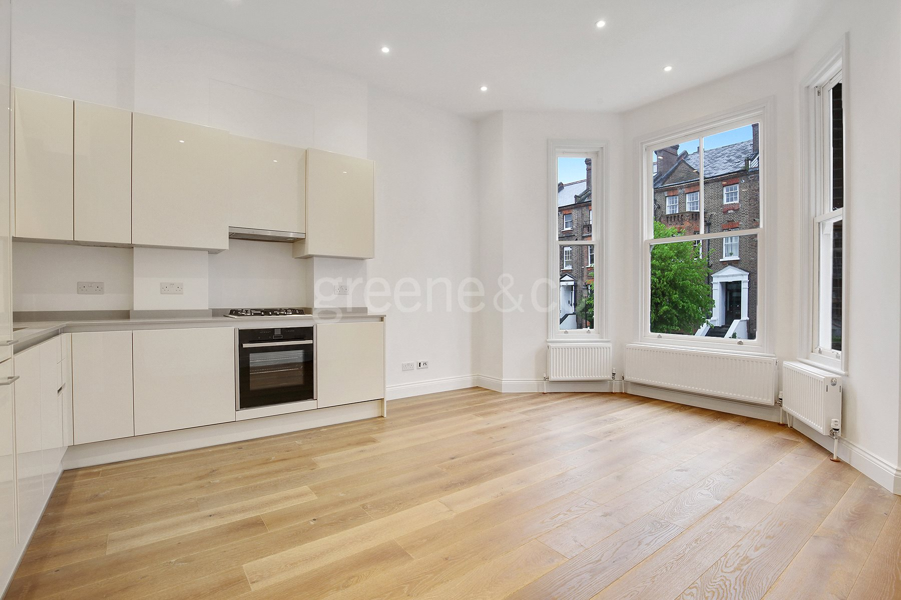 2 Bedrooms Flat for sale in Goldhurst Terrace, South Hampstead, London, NW6