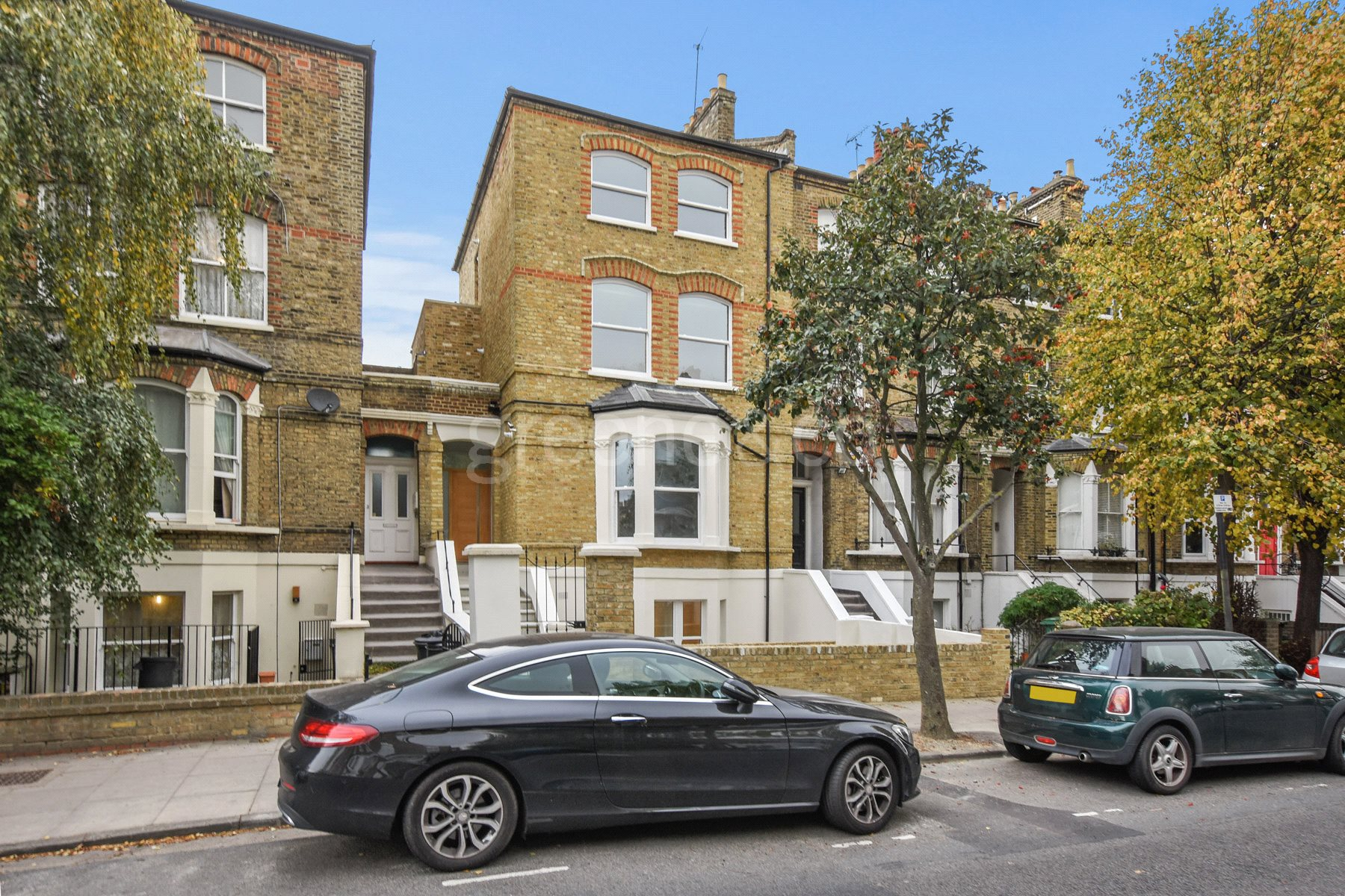 Flat for sale in Tufnell Park Road, Tufnell Park, London, N7