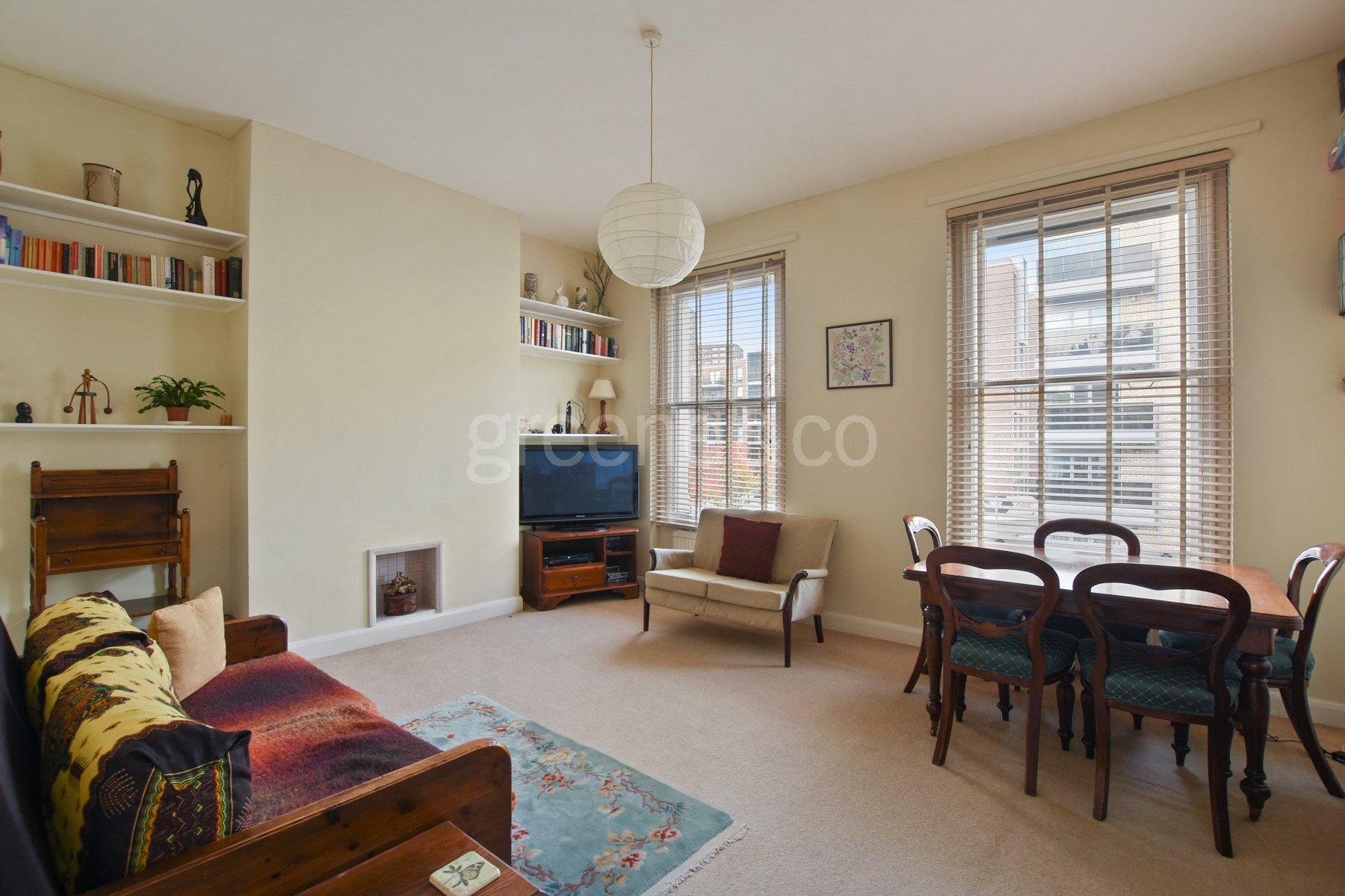 3 Bedrooms Flat for sale in Kilburn Park Road, Kilburn Park, London, NW6
