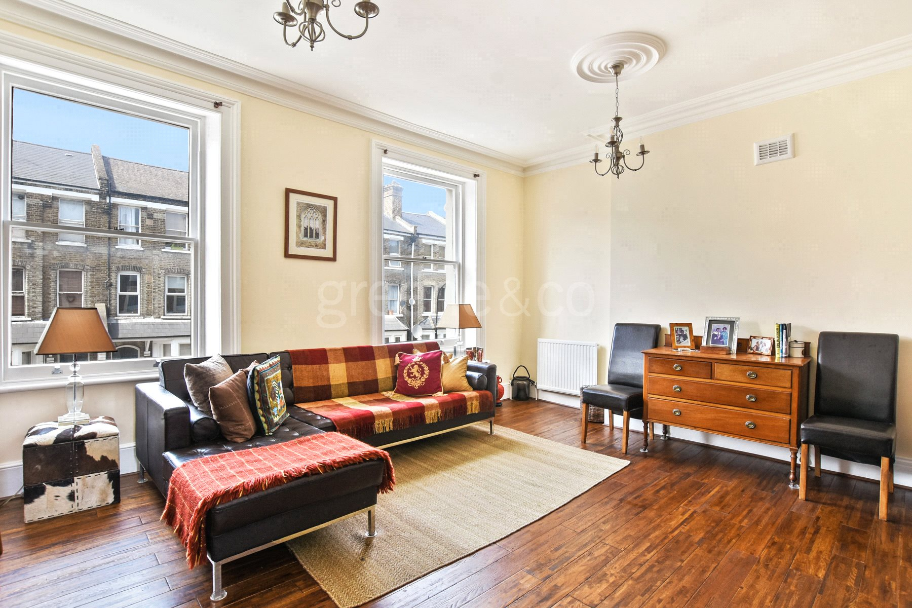 3 Bedrooms Flat for sale in Maygrove Road, London, NW6