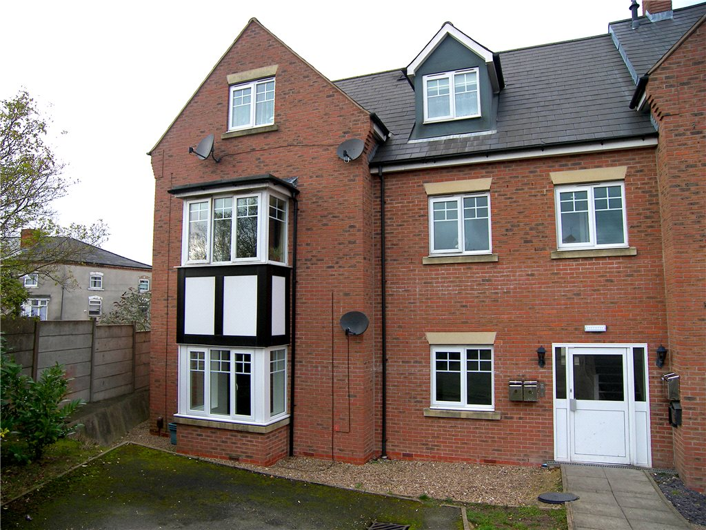 2 Bedrooms Flat for sale in Downing Street, South Normanton, Alfreton, Derbyshire, DE55