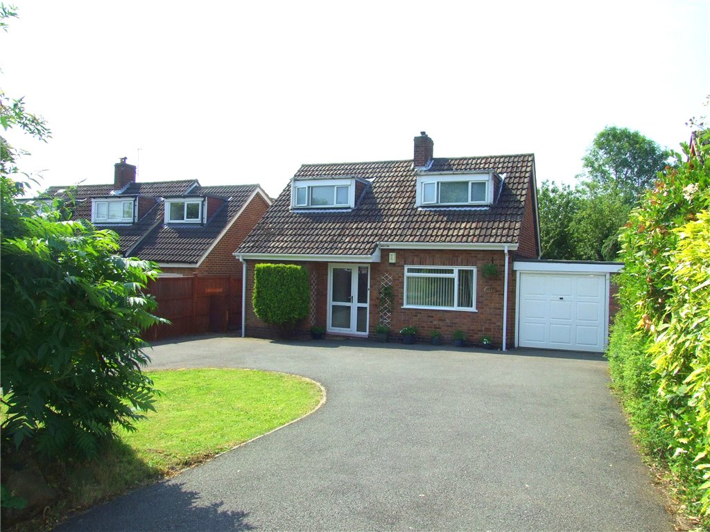 3 Bedrooms Detached Bungalow for sale in Blenheim Drive, Allestree, Derby, Derbyshire, DE22