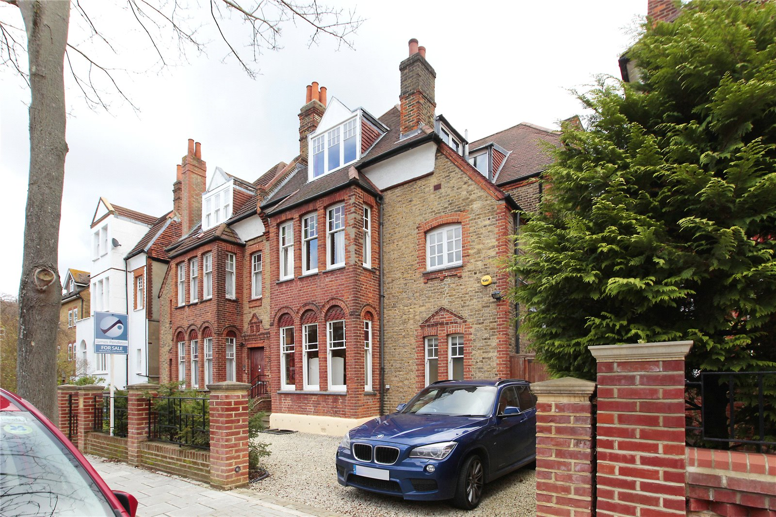 6 Bedrooms Semi Detached House for sale in Riggindale Road, Streatham, London, SW16