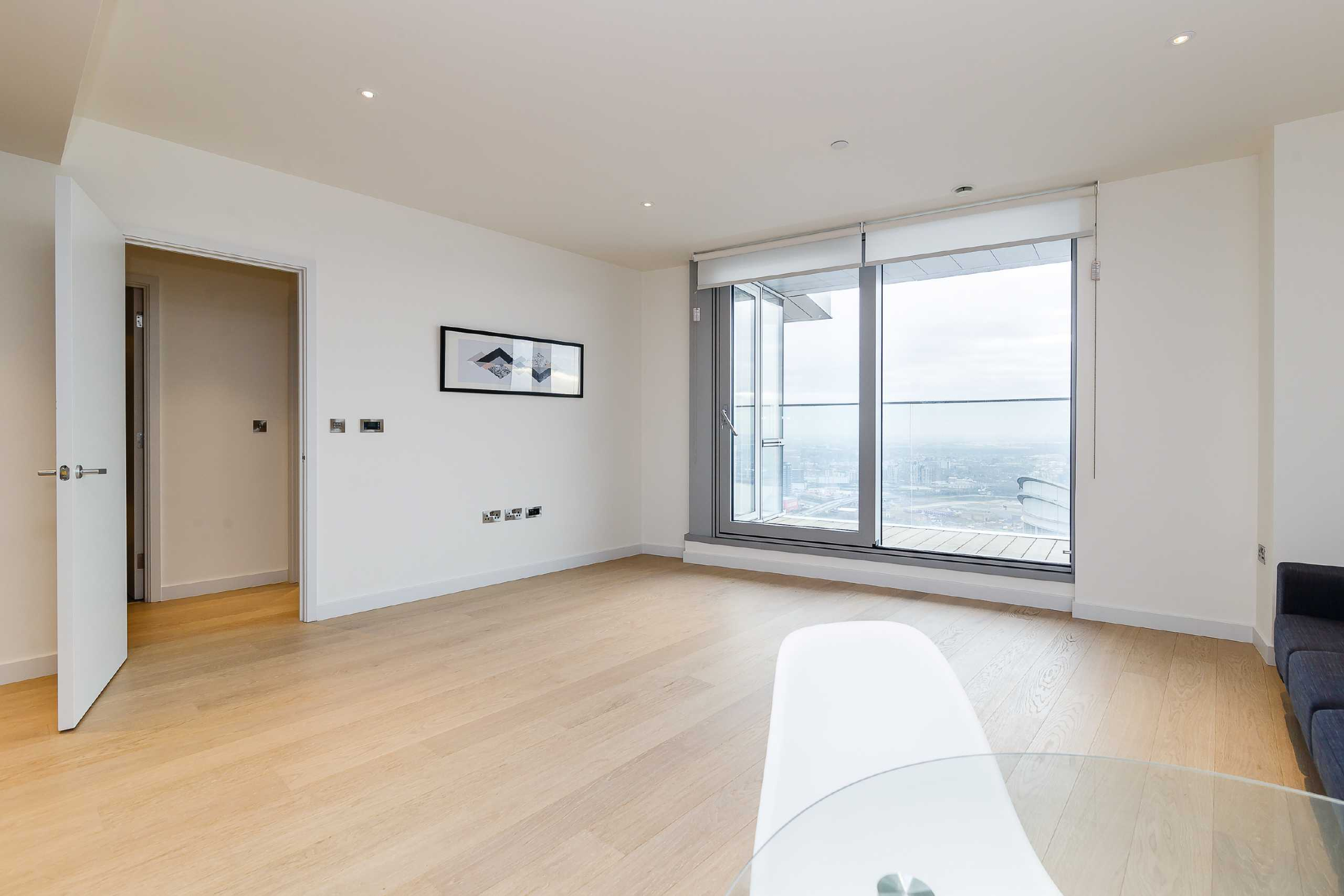 2 Bedrooms Apartment Flat for sale in Charrington Tower, New Providence Wharf, Canary Wharf, London, E14