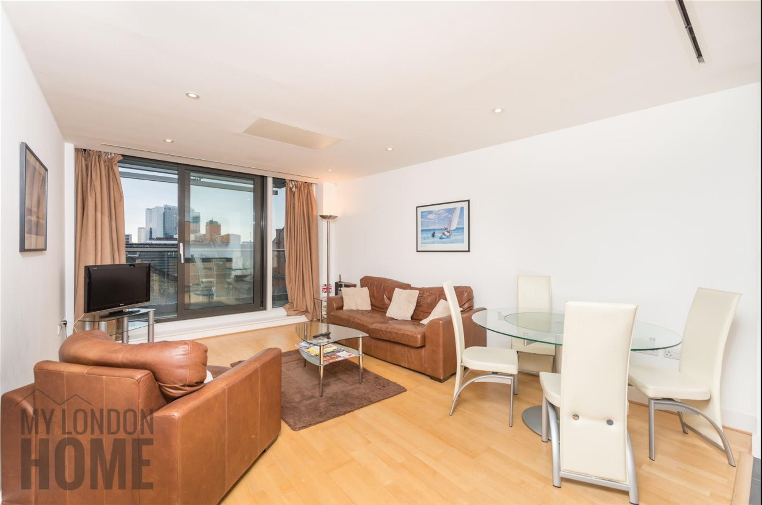 2 Bedrooms Apartment Flat for sale in Times Square, Hooper Street, Aldgate, London, E1