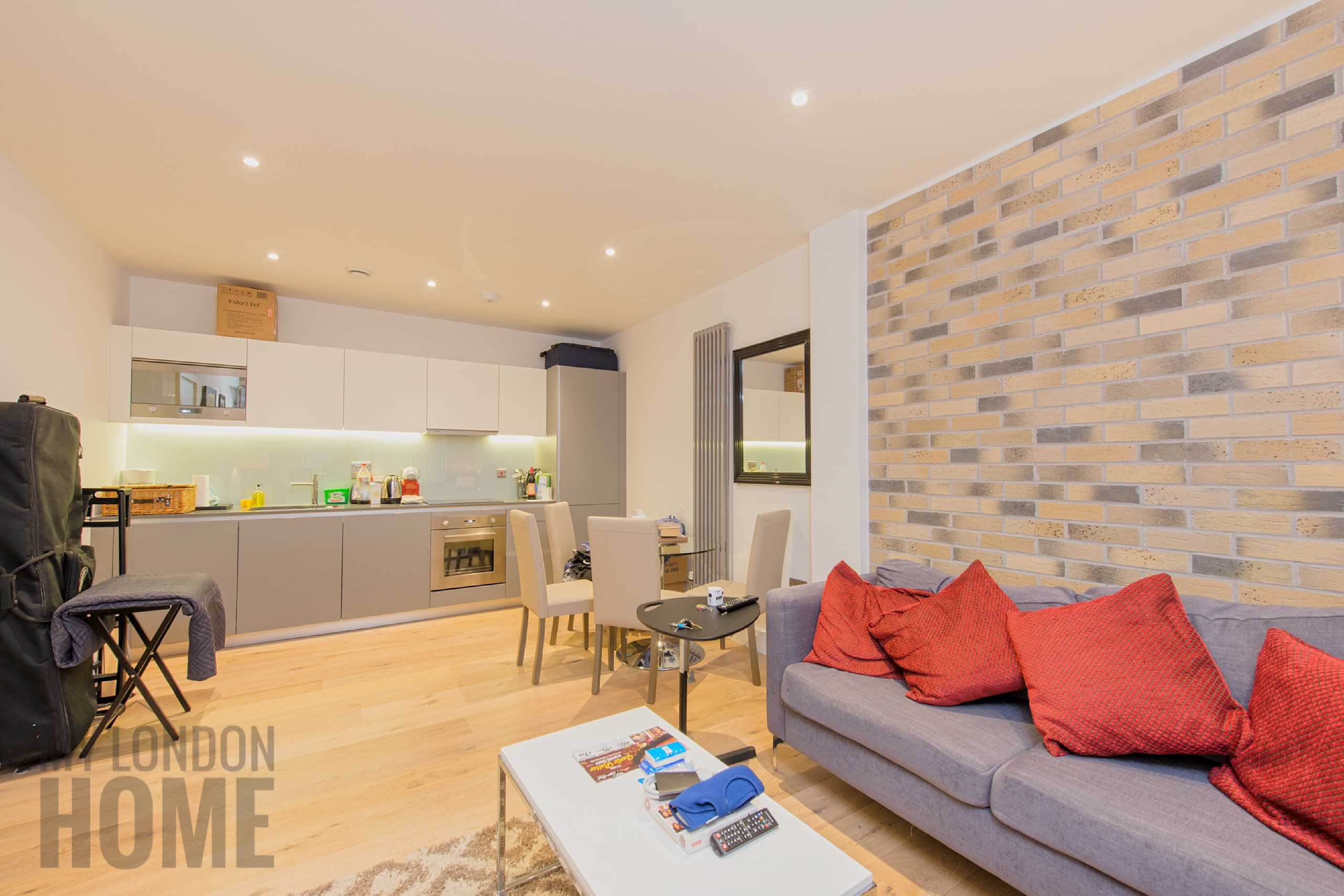 1 Bedroom Apartment Flat for sale in Carlow House, Euston Reach, Camden, London, NW1