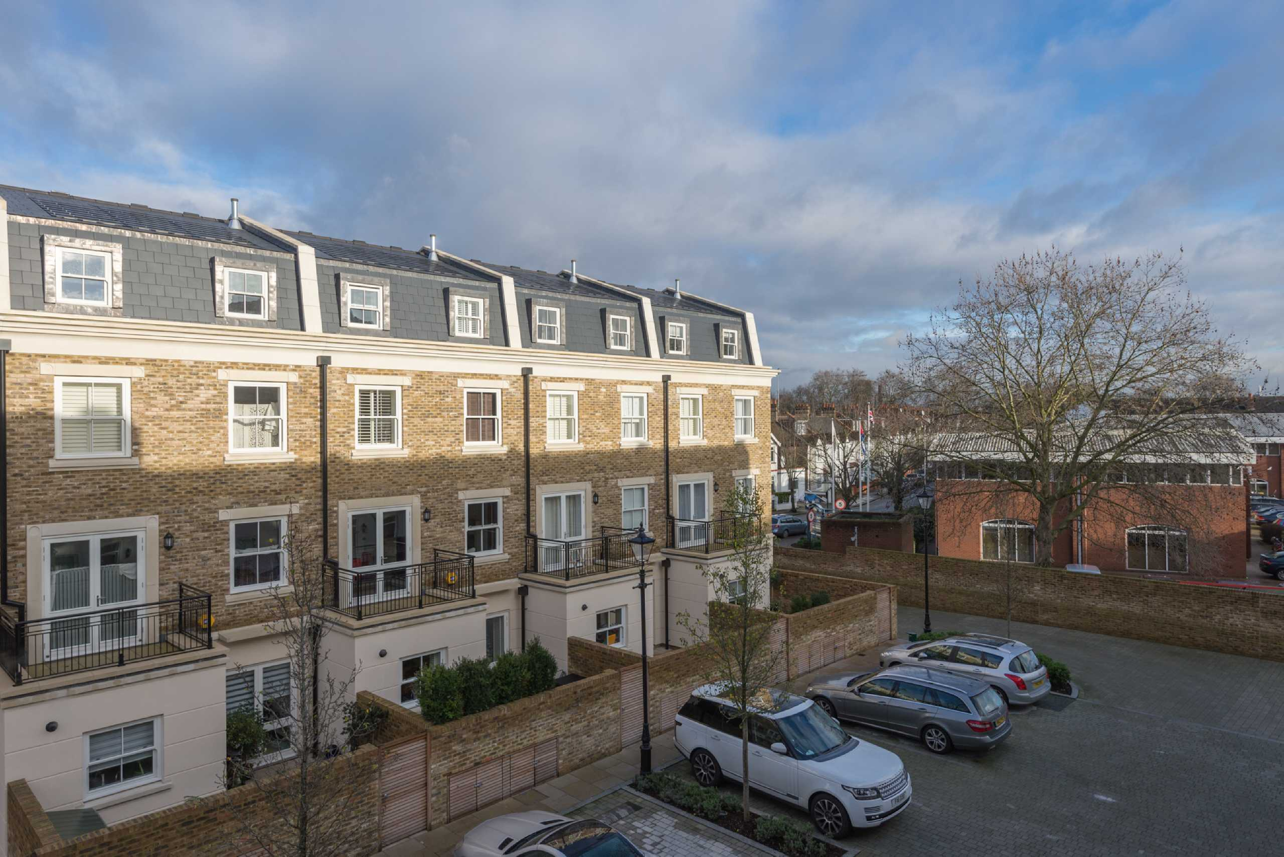5 Bedrooms Terraced House for sale in Heathcote Gate, Sulivan Road, Fulham, London, SW6