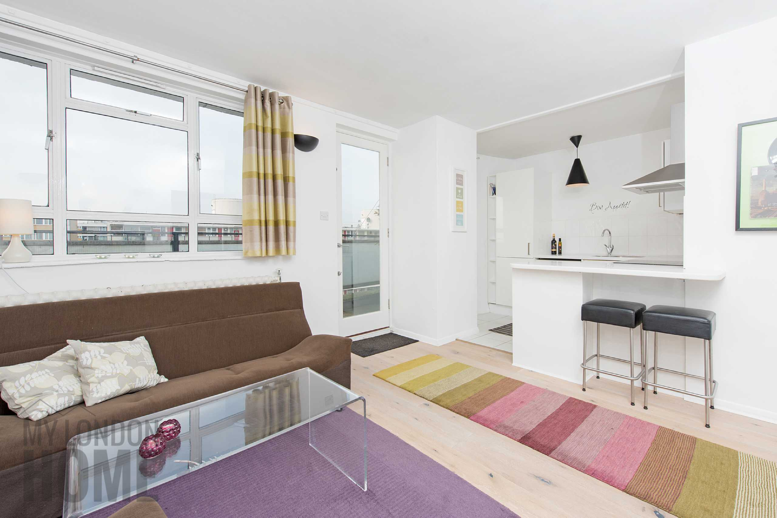 1 Bedroom Apartment Flat for sale in Chaucer House, Churchill Gardens, Pimlico, London, SW1V