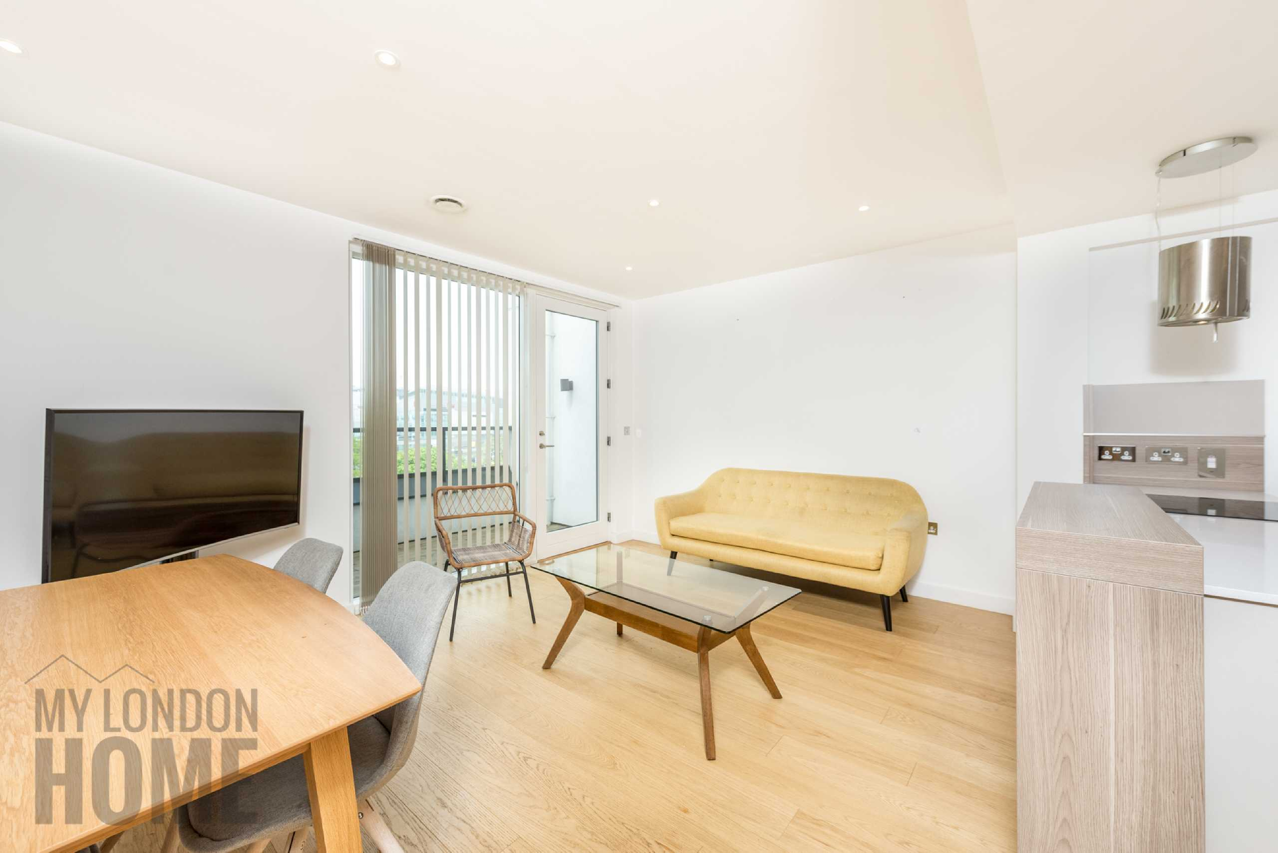 2 Bedrooms Apartment Flat for sale in 205 Holland Park Avenue, Kensington, London, W11