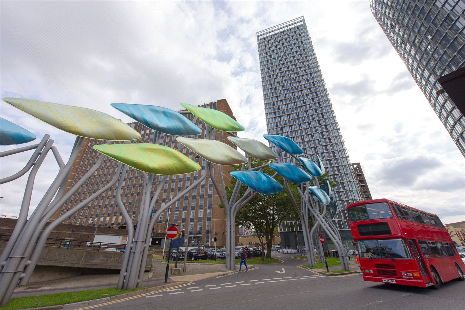 2 Bedrooms Apartment Flat for sale in Stratosphere, Chambers Stratford, Stratford, London, E15