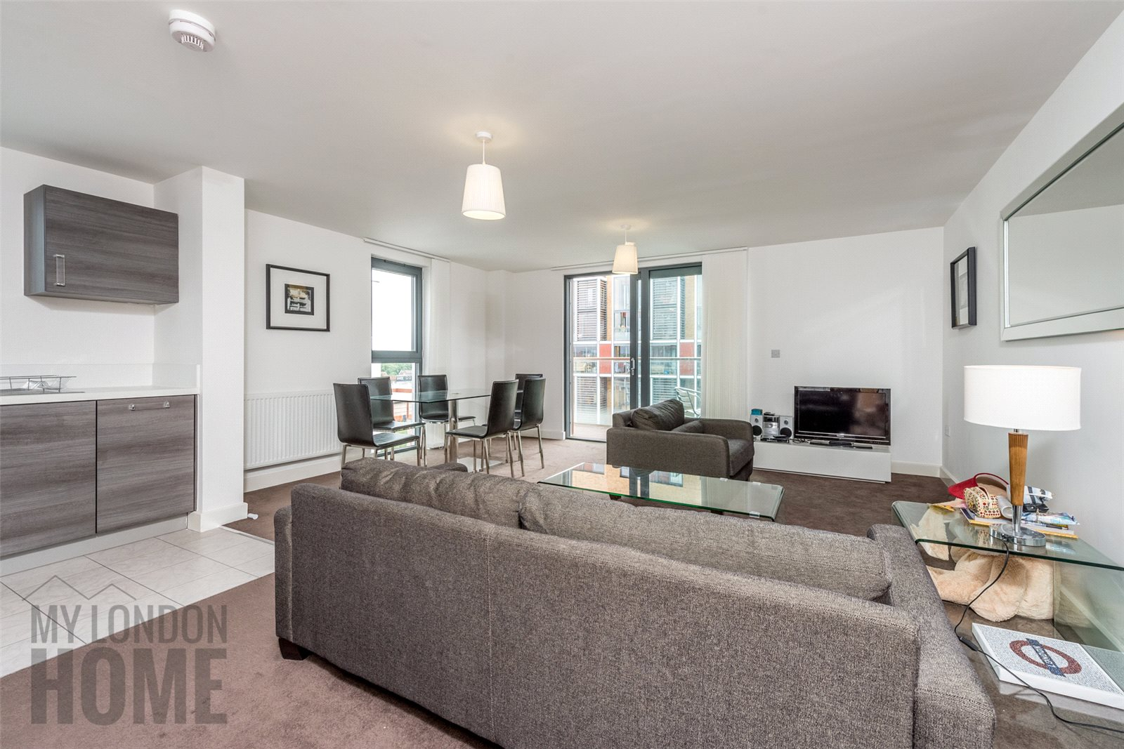 3 Bedrooms Apartment Flat for sale in Dekker House, Dalston Square, London, E8