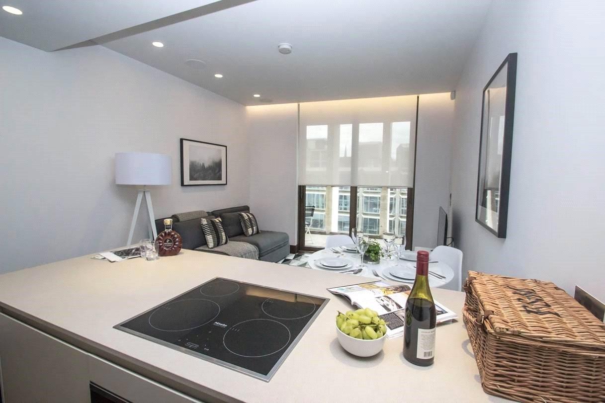 1 Bedroom Apartment Flat for sale in Kings Gate Walk, London, SW1E