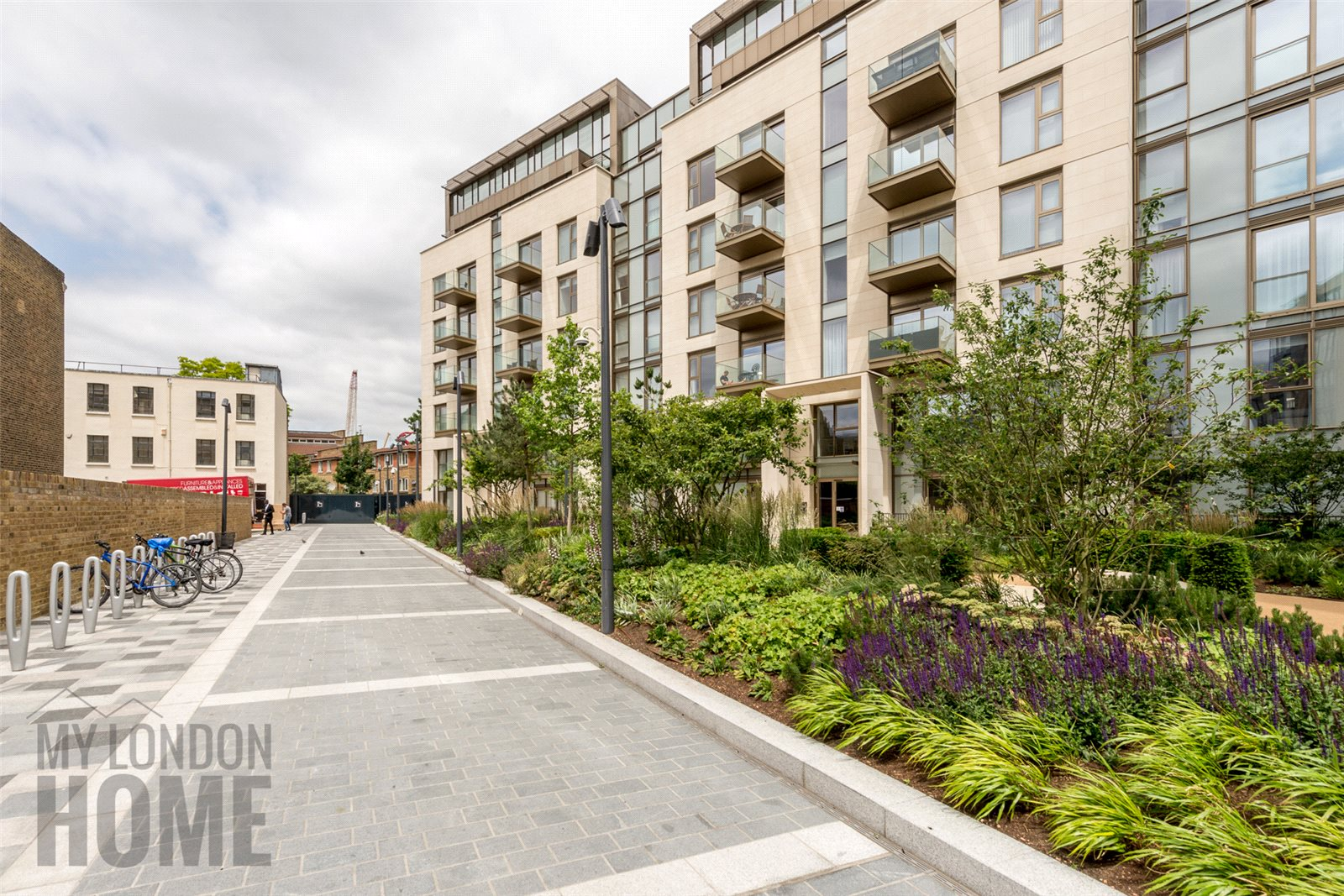 2 Bedrooms Maisonette Flat for sale in Seven Lillie Square, Lillie Square East, West Brompton, London, SW6