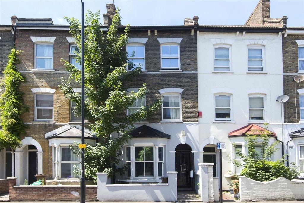 4 Bedrooms Terraced House for sale in Cricketfield Road, Hackney, London, E5