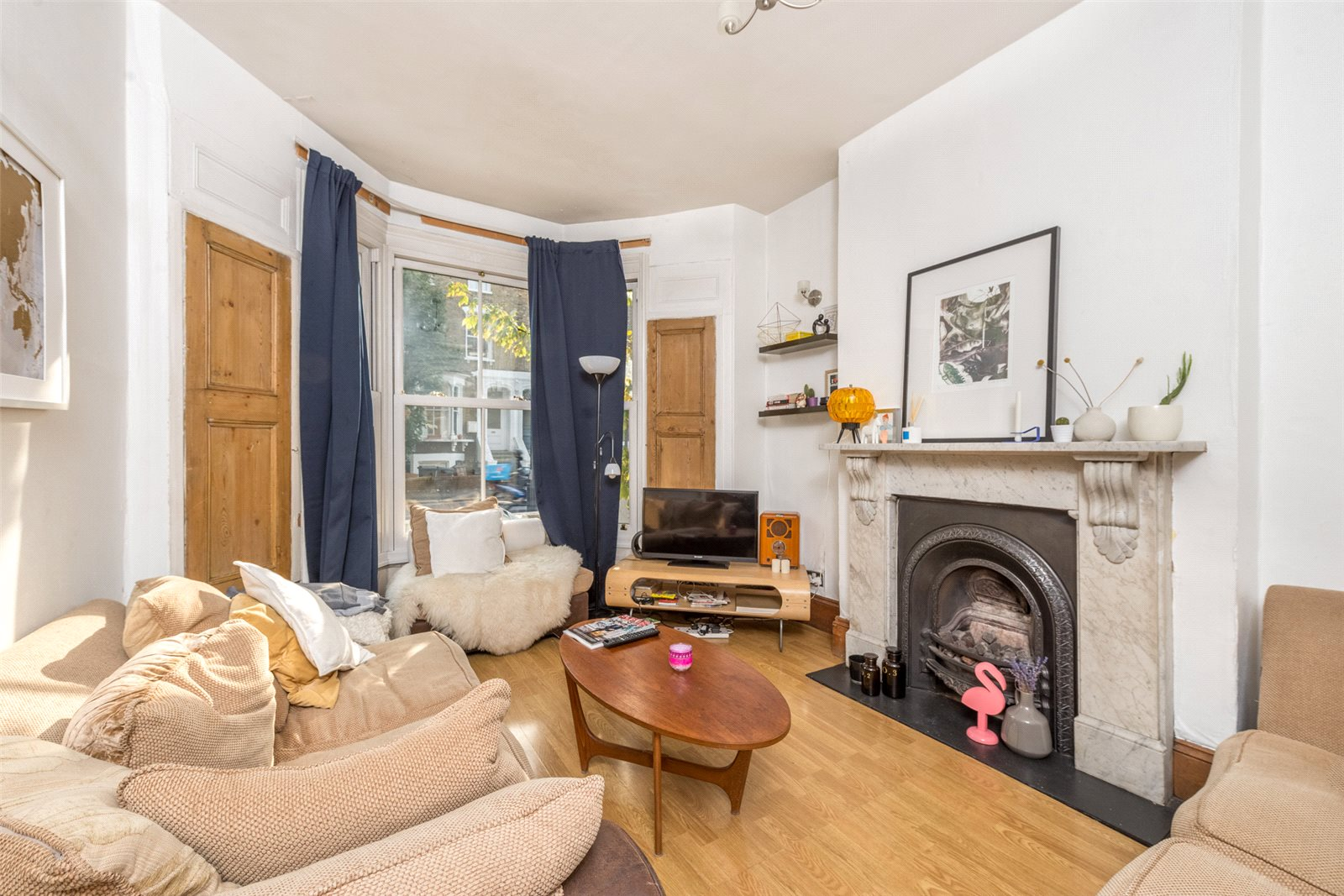 4 Bedrooms Terraced House for sale in Cricketfield Road, Hackney, London, E5