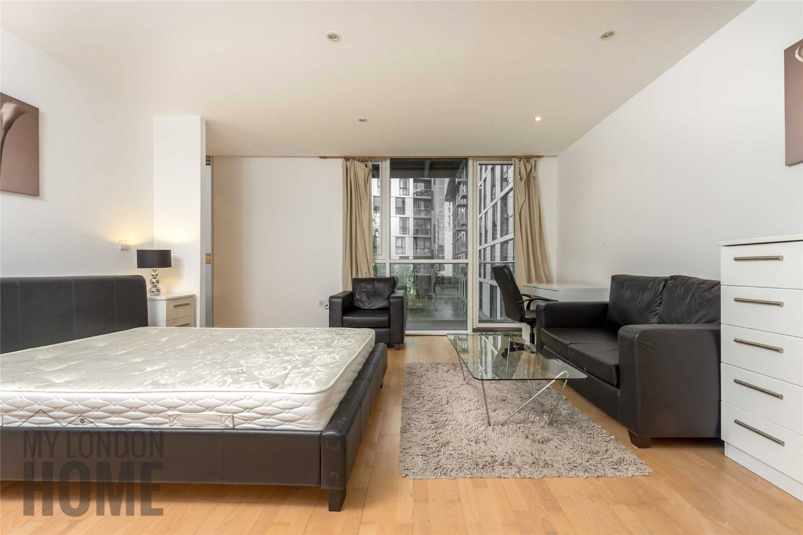 Apartment Flat for sale in Times Square, Aldgate, London, E1