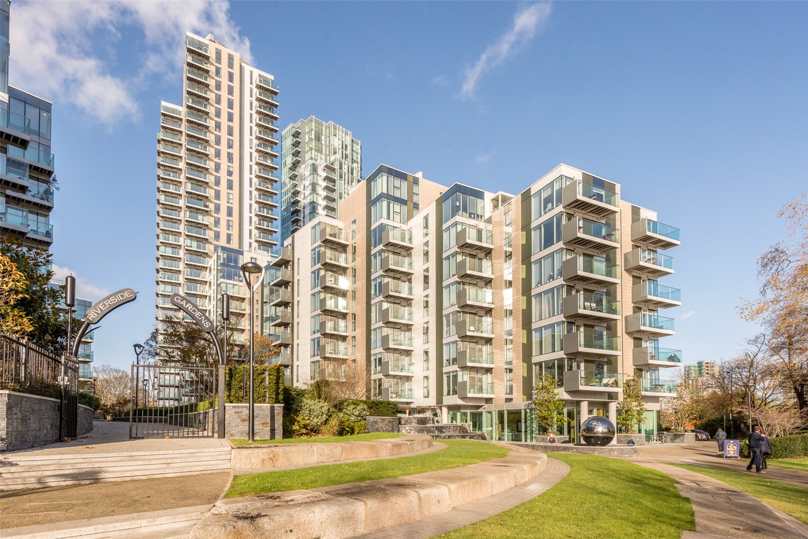 3 Bedrooms Apartment Flat for sale in The Shoreline, The Nature Collection, Woodberry Down, Finsbury Park, N4