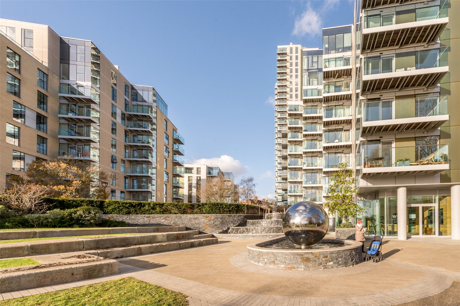 2 Bedrooms Apartment Flat for sale in Kingly Building, Woodberry Down, Manor House, London, N4