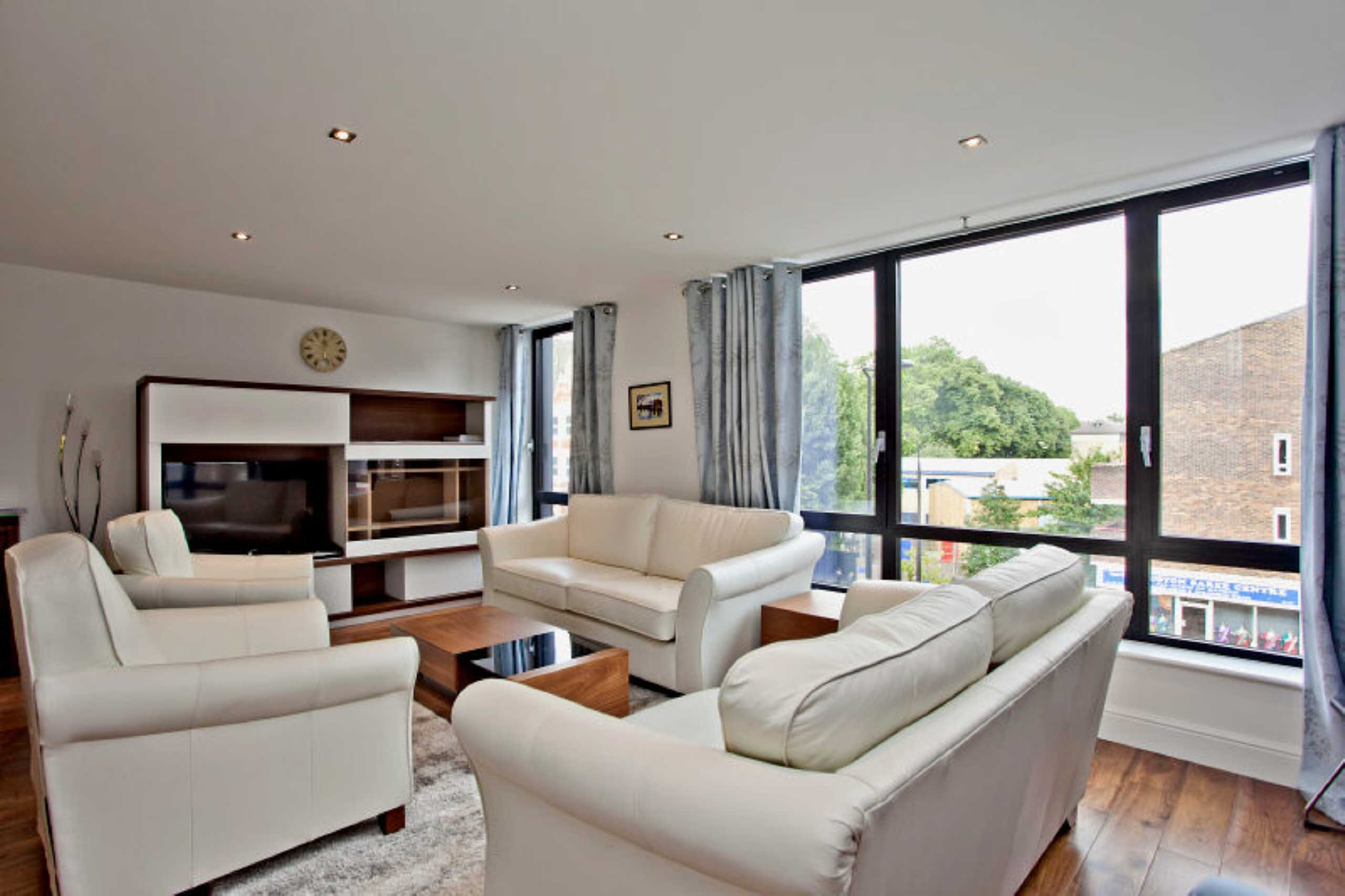 2 Bedrooms Apartment Flat for sale in Duke House, Hampstead Road, Regent's Park, London, NW1