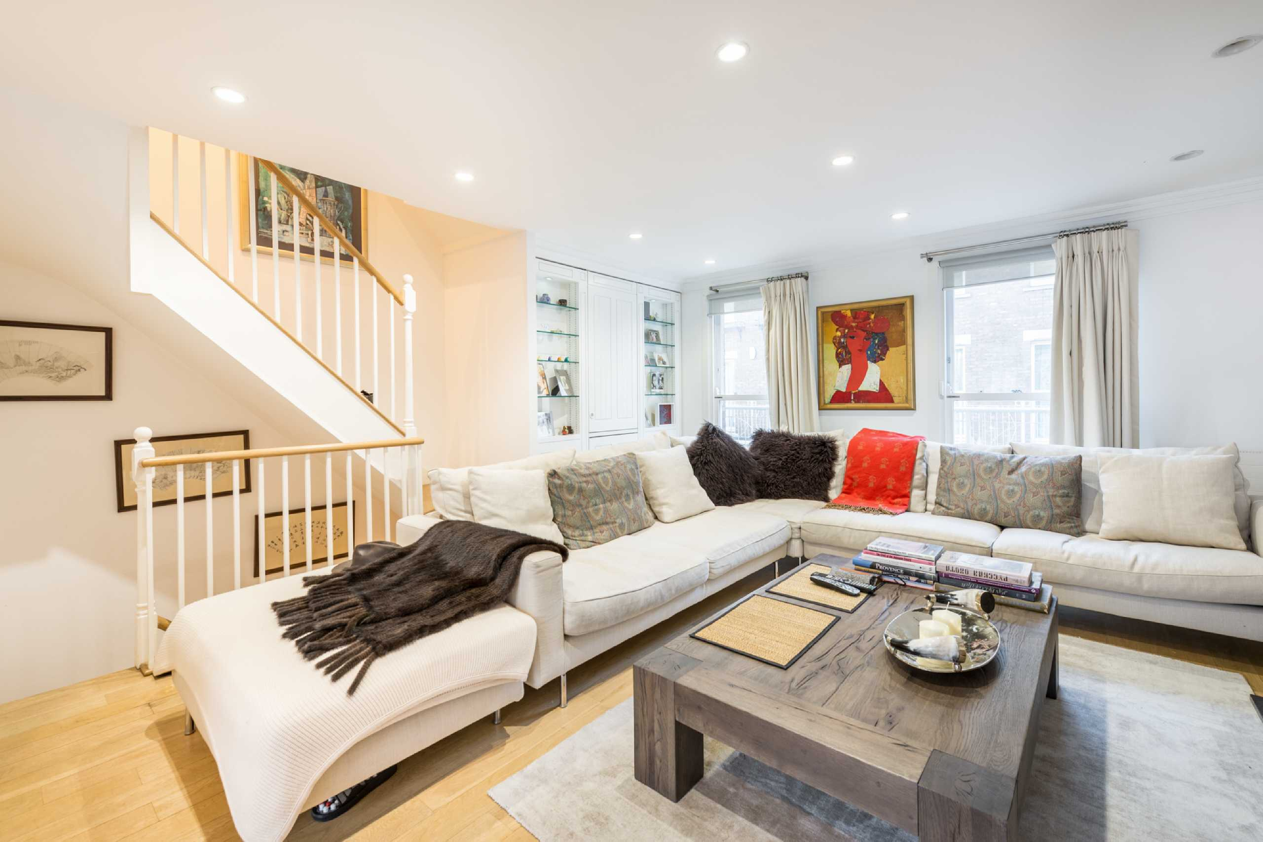 5 Bedrooms Terraced House for sale in Cinnamon Row, Battersea, London, SW11